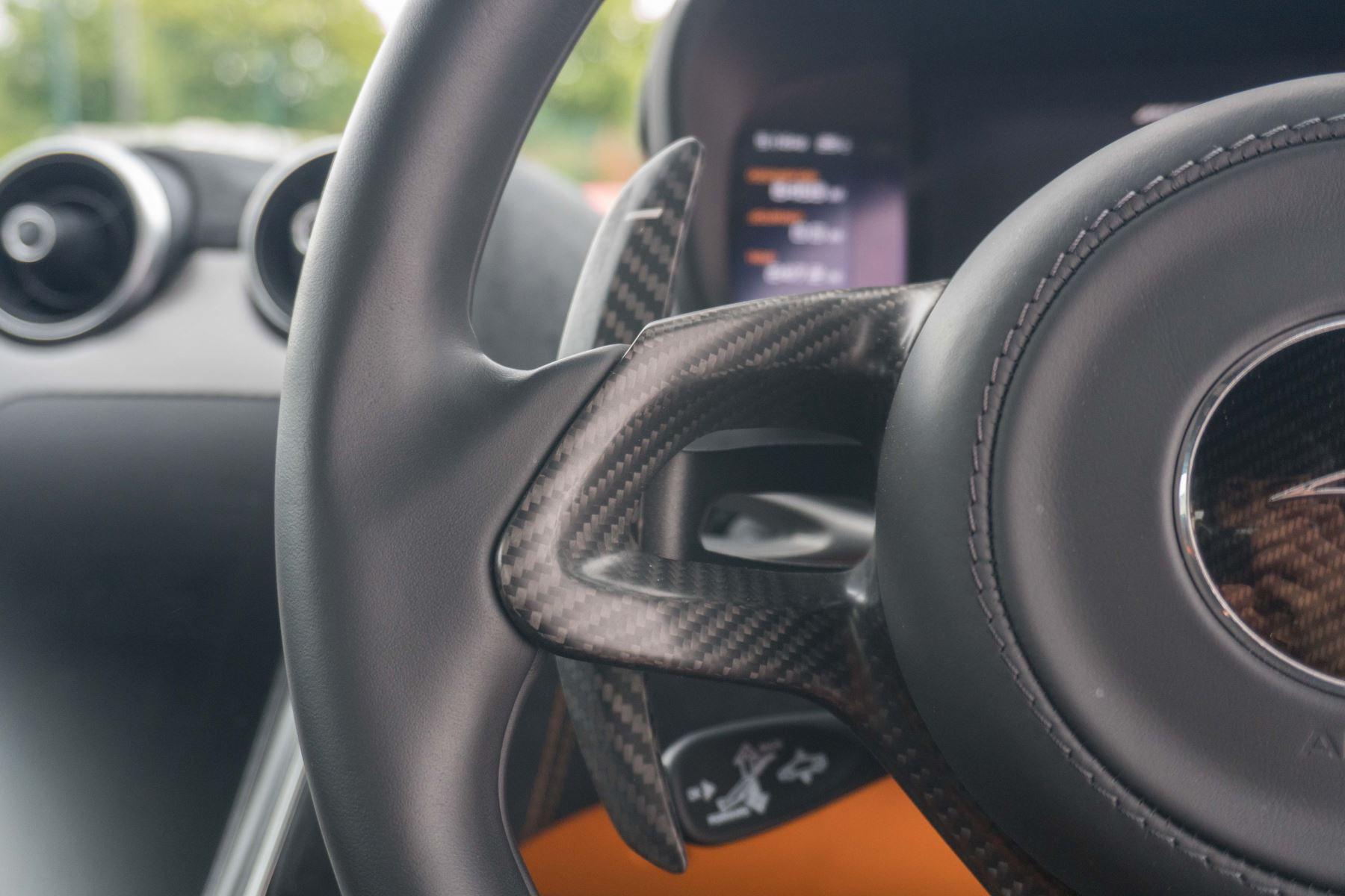 McLaren 570S Coupe V8 2dr SSG Auto Coupe image 39
