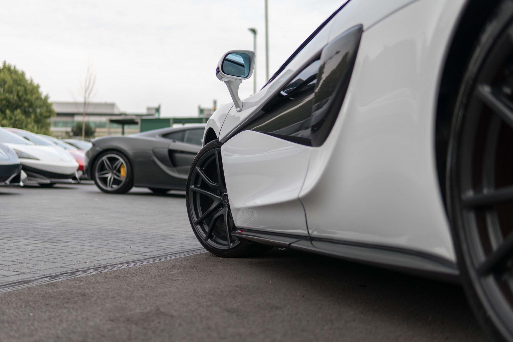 McLaren 570S Coupe V8 2dr SSG Auto Coupe image 53