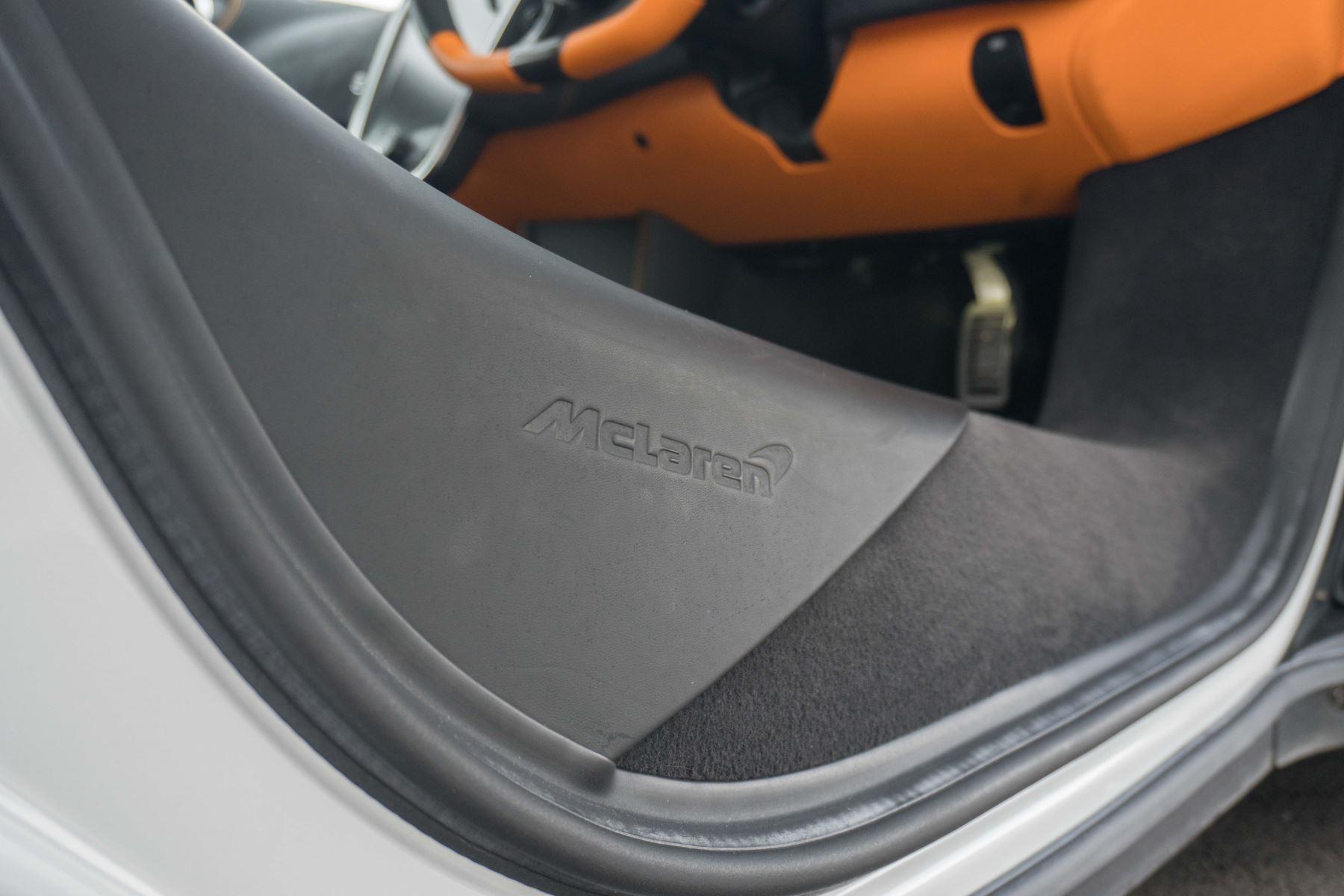 McLaren 570S Coupe V8 2dr SSG Auto Coupe image 55