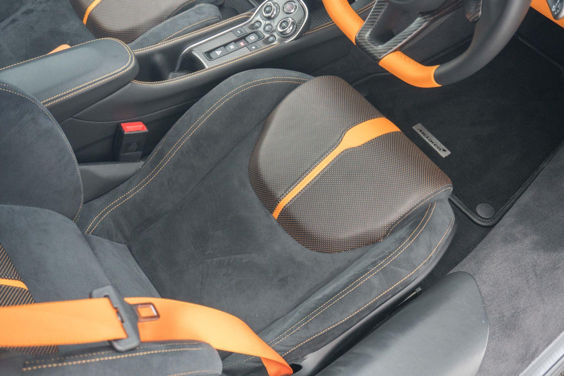 McLaren 570S Coupe V8 2dr SSG Auto Coupe image 56