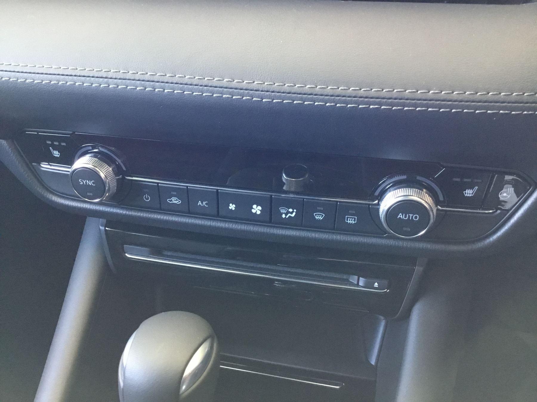 Mazda 6 2.2d [184] Sport Nav+ 5dr WITH MAZDA SAFETY PACK image 18