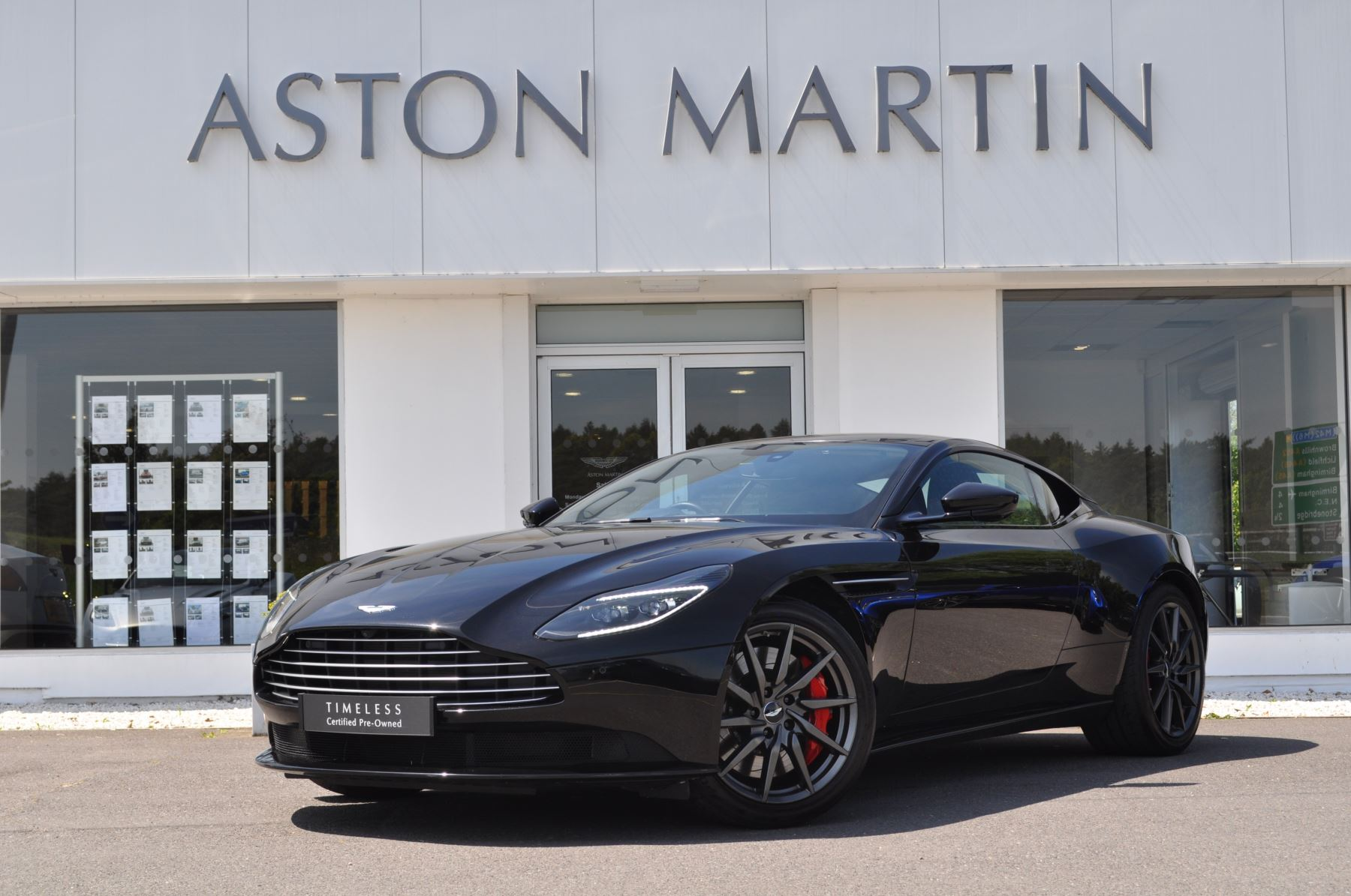 Aston Martin DB11 V8 2dr Touchtronic 4.0 Automatic 3 door Coupe (2018) image