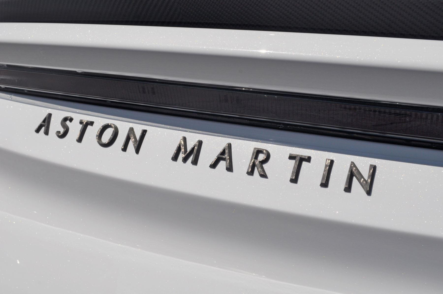 Aston Martin DBS V12 Superleggera 2dr Touchtronic image 49
