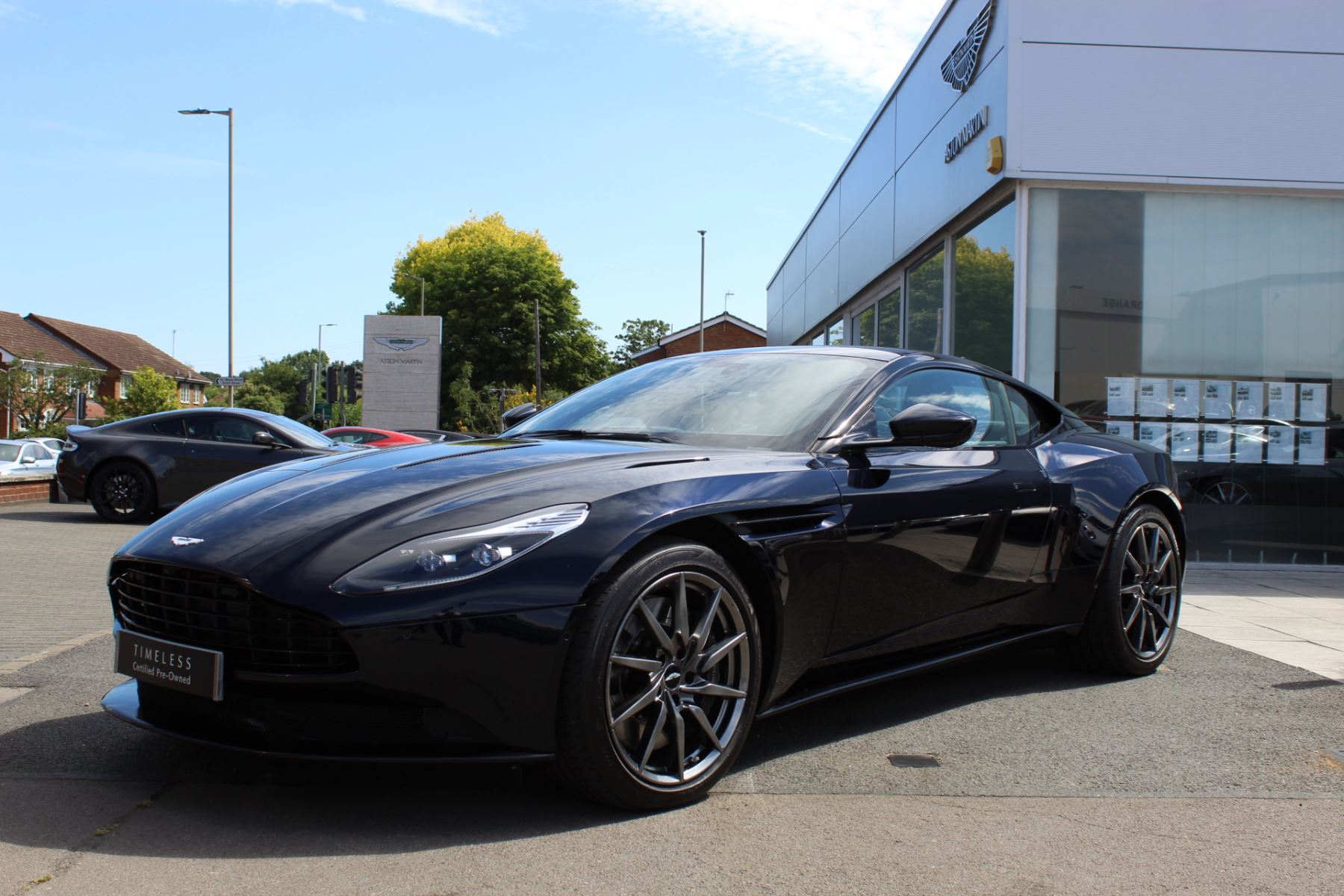Aston Martin DB11 V12 2dr Touchtronic image 3