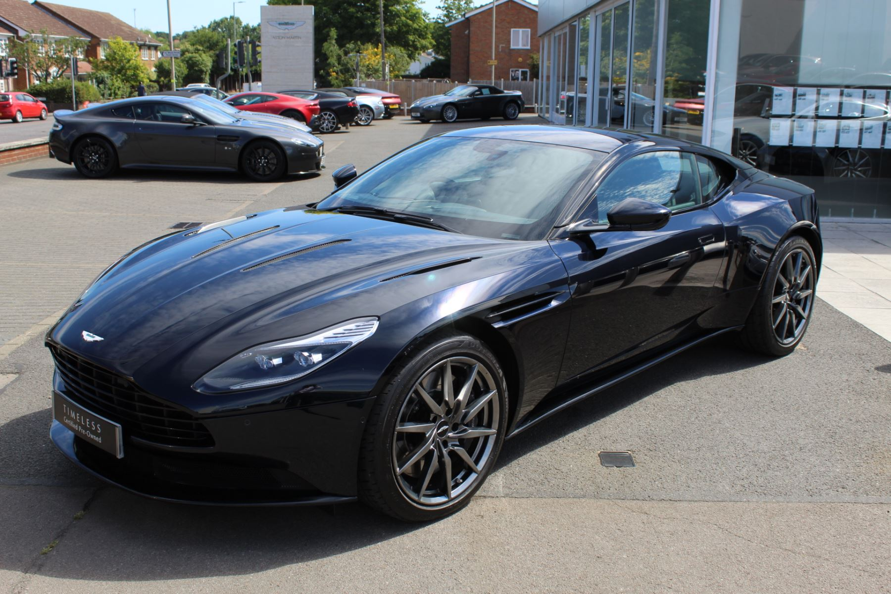 Aston Martin DB11 V12 2dr Touchtronic image 4