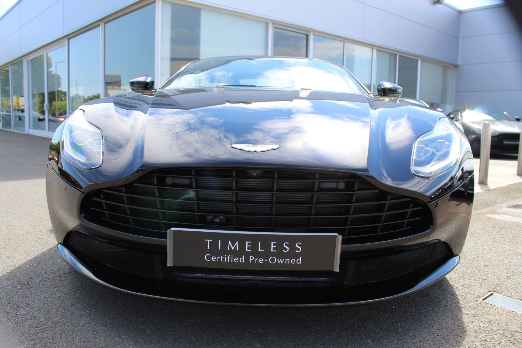 Aston Martin DB11 V12 2dr Touchtronic image 6