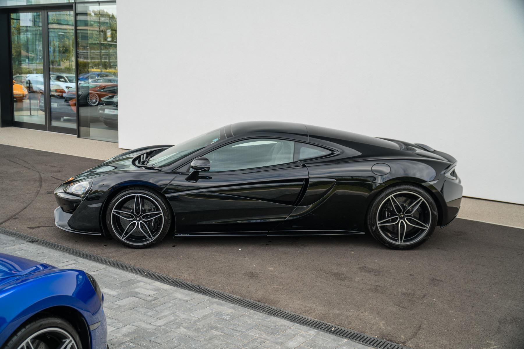 McLaren 570GT V8 2dr SSG Auto Coupe image 5