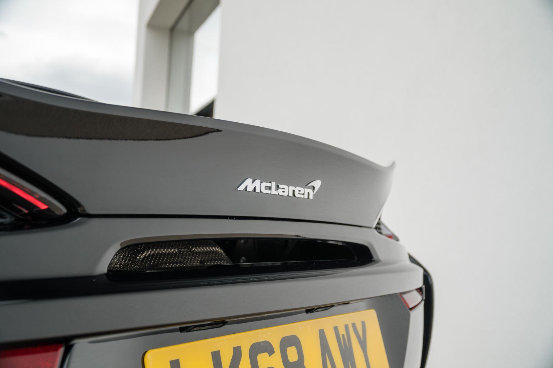 McLaren 570GT V8 2dr SSG Auto Coupe image 9