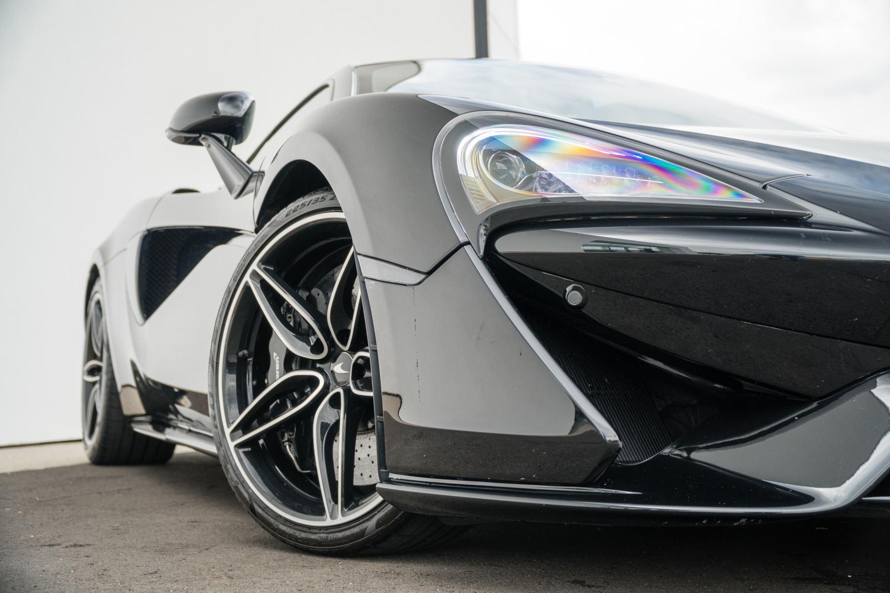 McLaren 570GT V8 2dr SSG Auto Coupe image 11