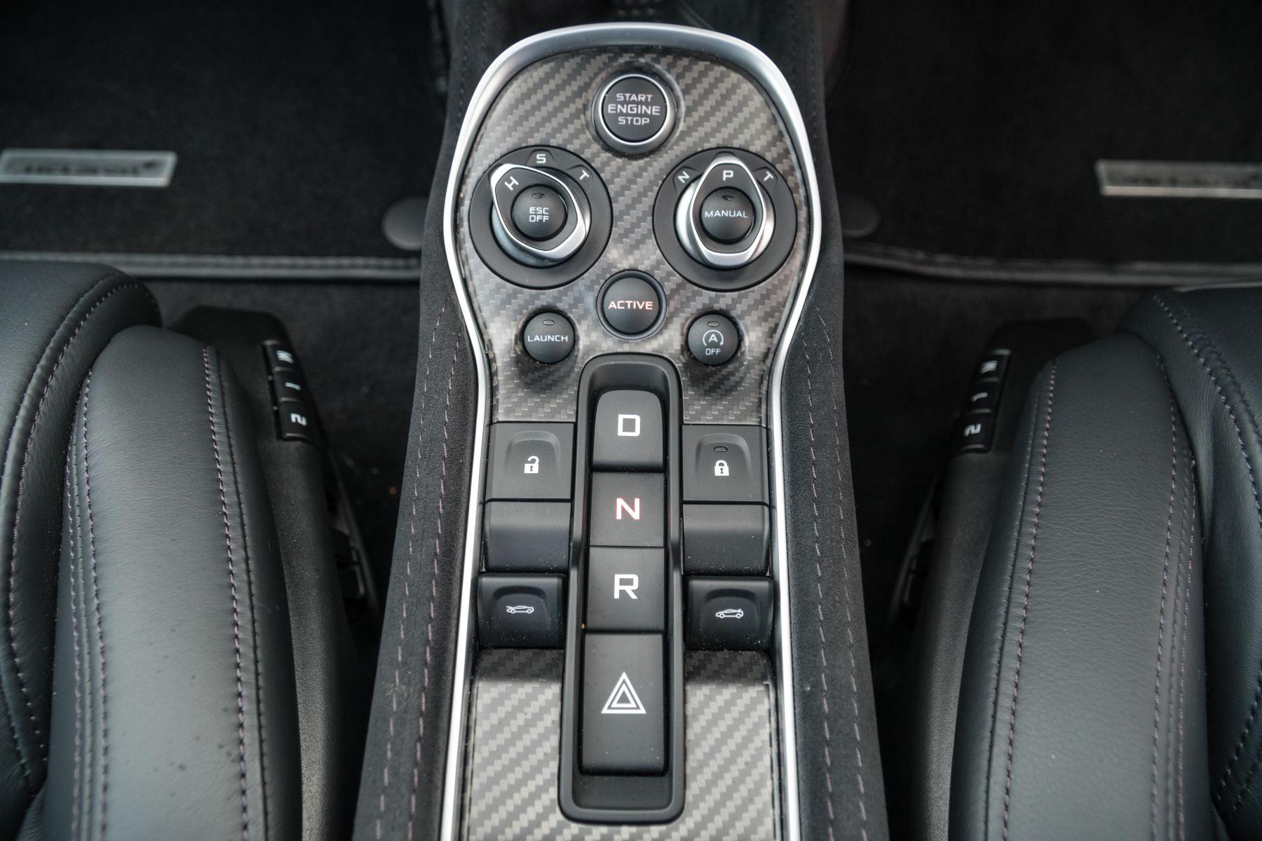 McLaren 570GT V8 2dr SSG Auto Coupe image 29