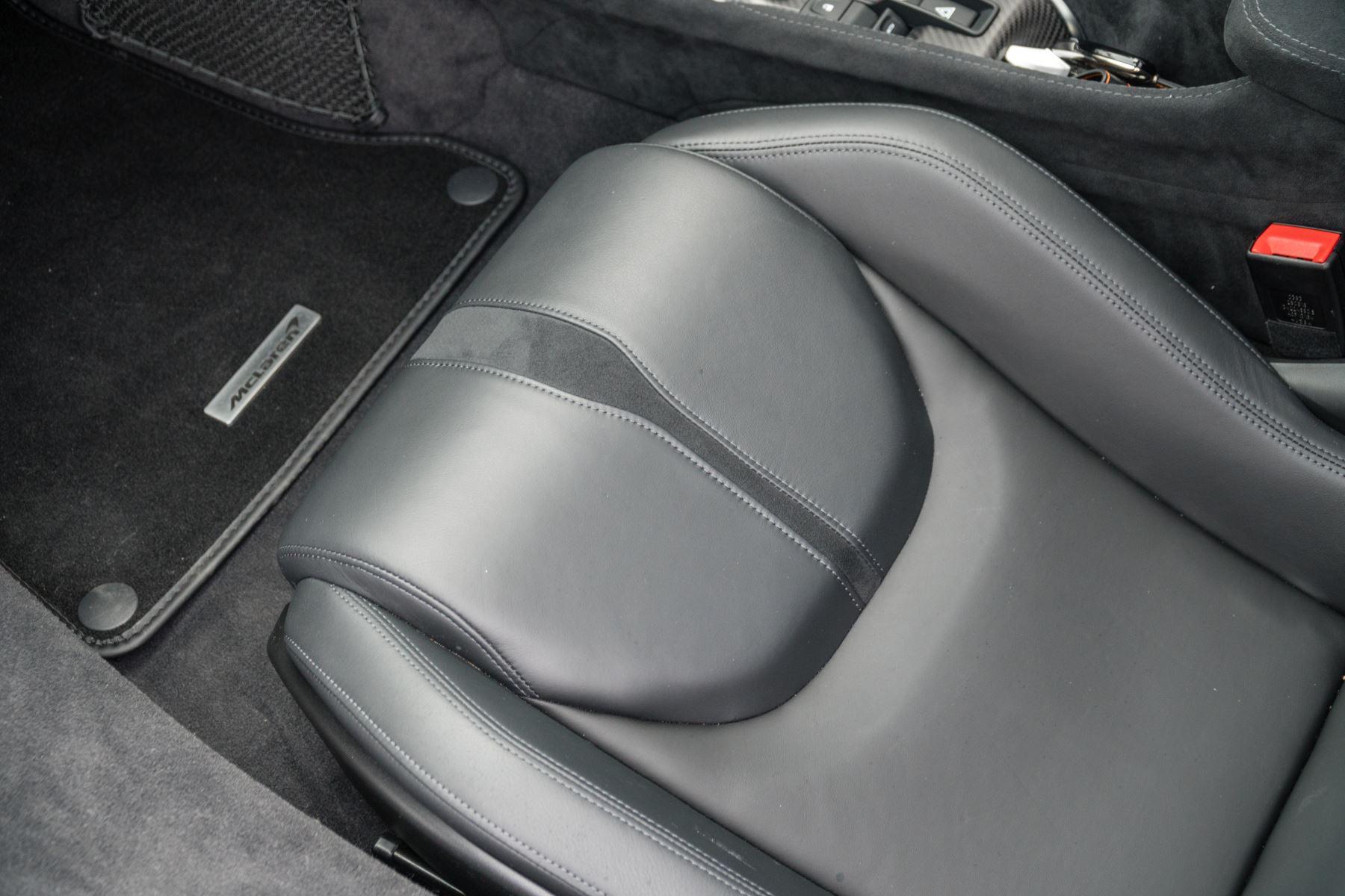 McLaren 570GT V8 2dr SSG Auto Coupe image 47