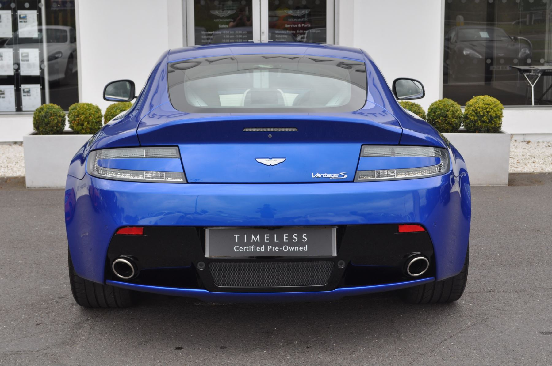 Aston Martin V8 Vantage S Coupe S 2dr Sportshift image 12