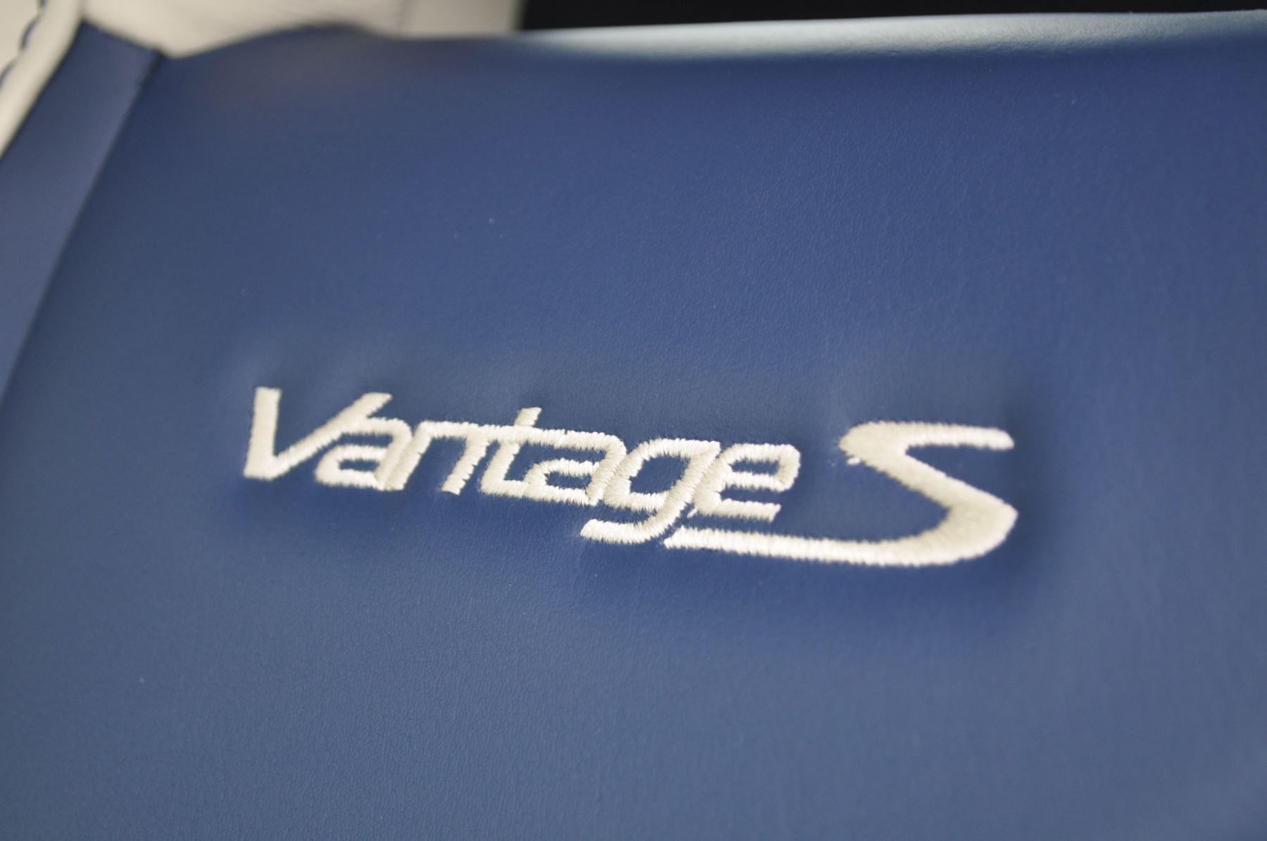 Aston Martin V8 Vantage S Coupe S 2dr Sportshift image 38