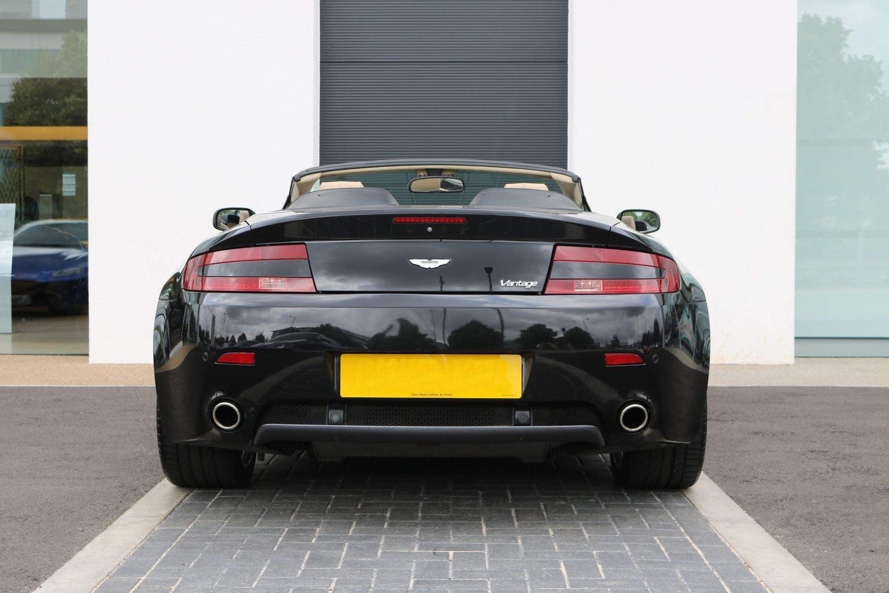 Aston Martin V8 Vantage Roadster 2dr Sportshift [420] image 4