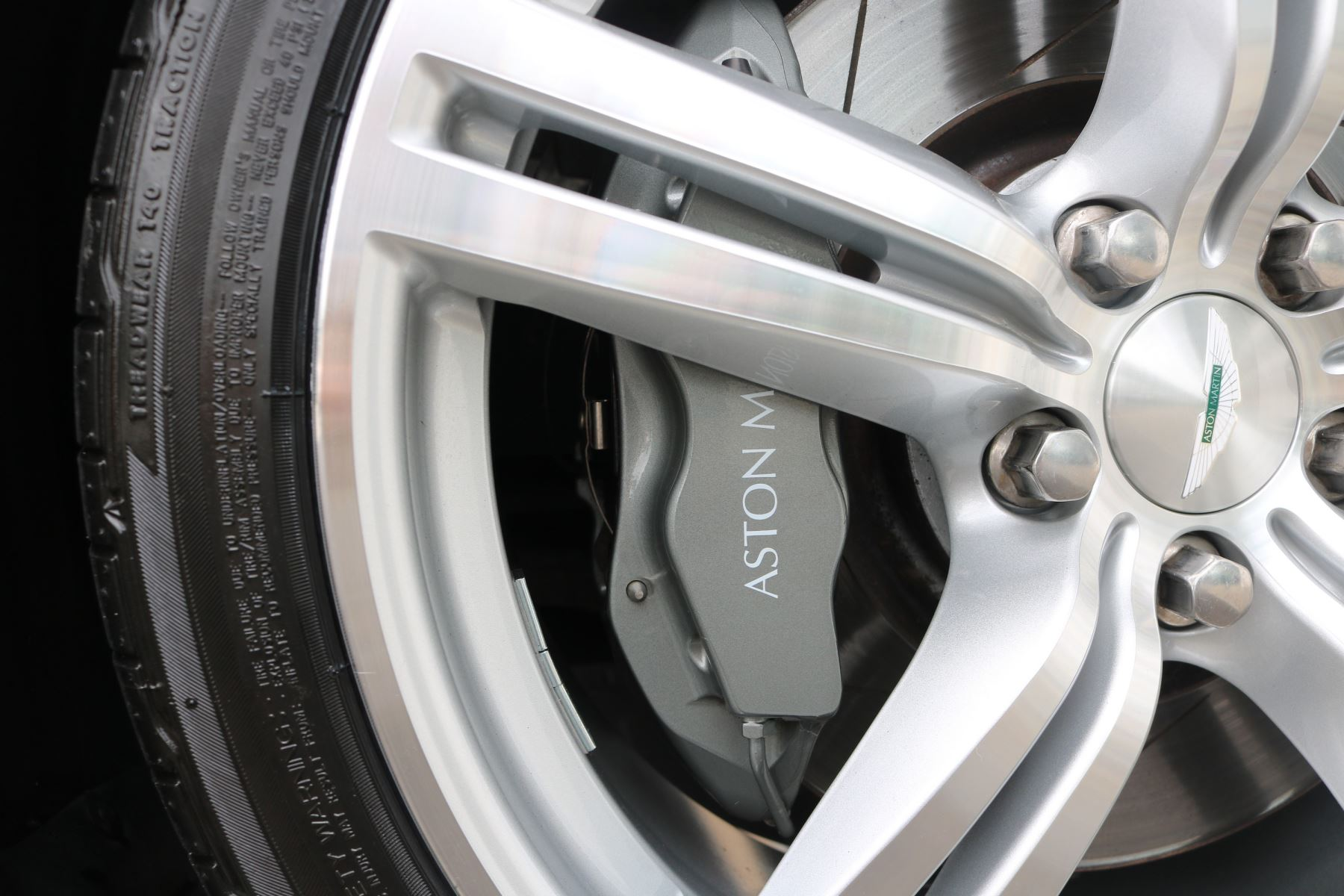 Aston Martin V8 Vantage Roadster 2dr Sportshift [420] image 13