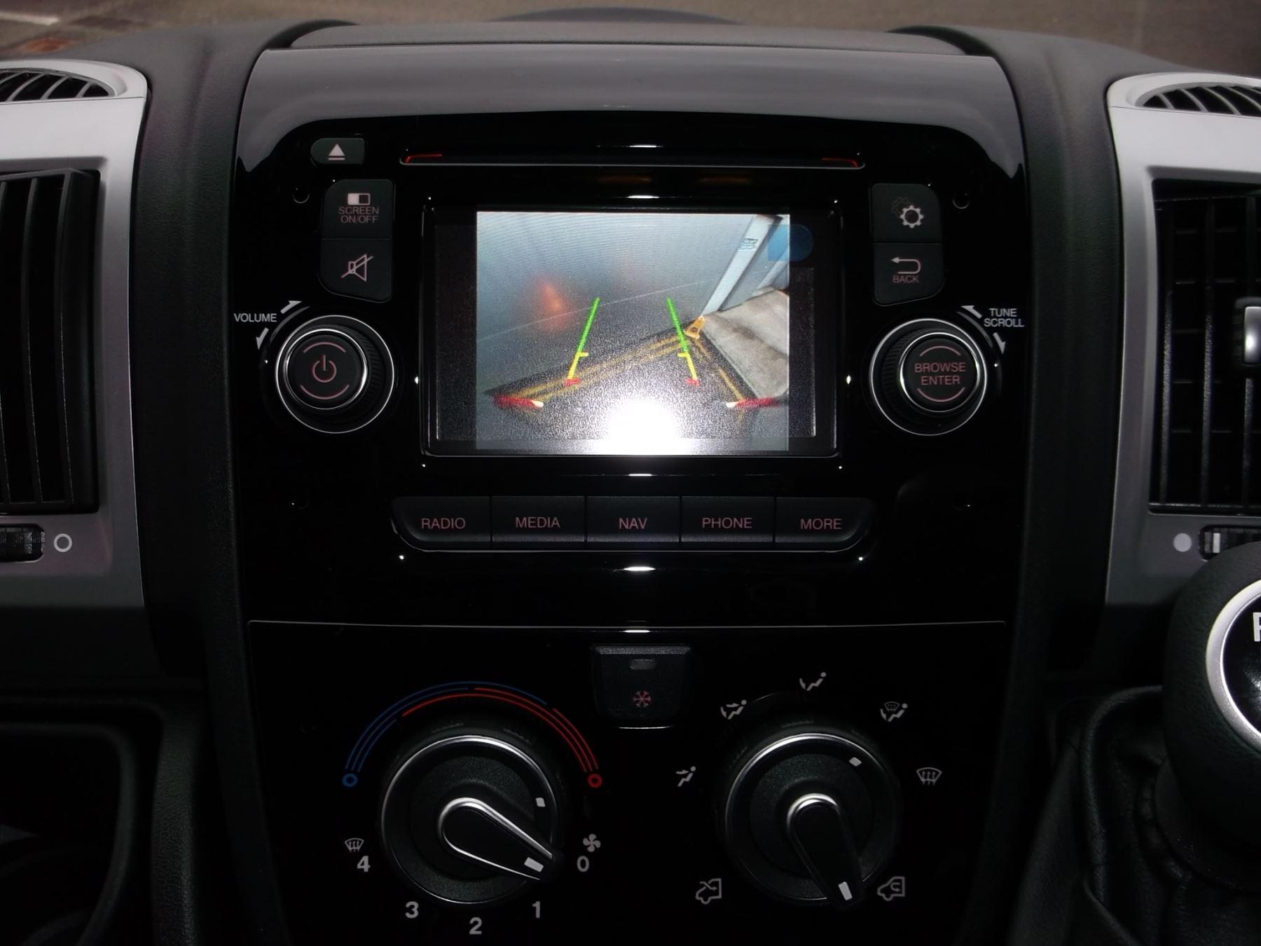 Fiat Ducato MWB HR 2.3 160 SPORTIVO ALLOYS CLR CODED LED  AIRCON NAV CRUISE REV SENSORS CAMERA image 11