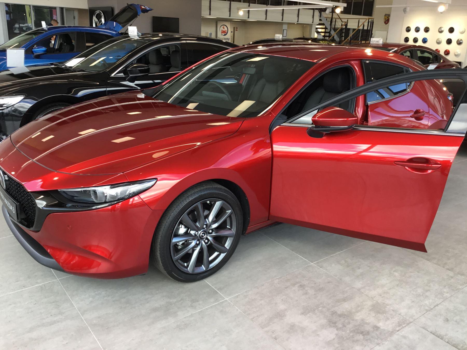 Mazda 3 2.0 GT Sport 5dr image 3
