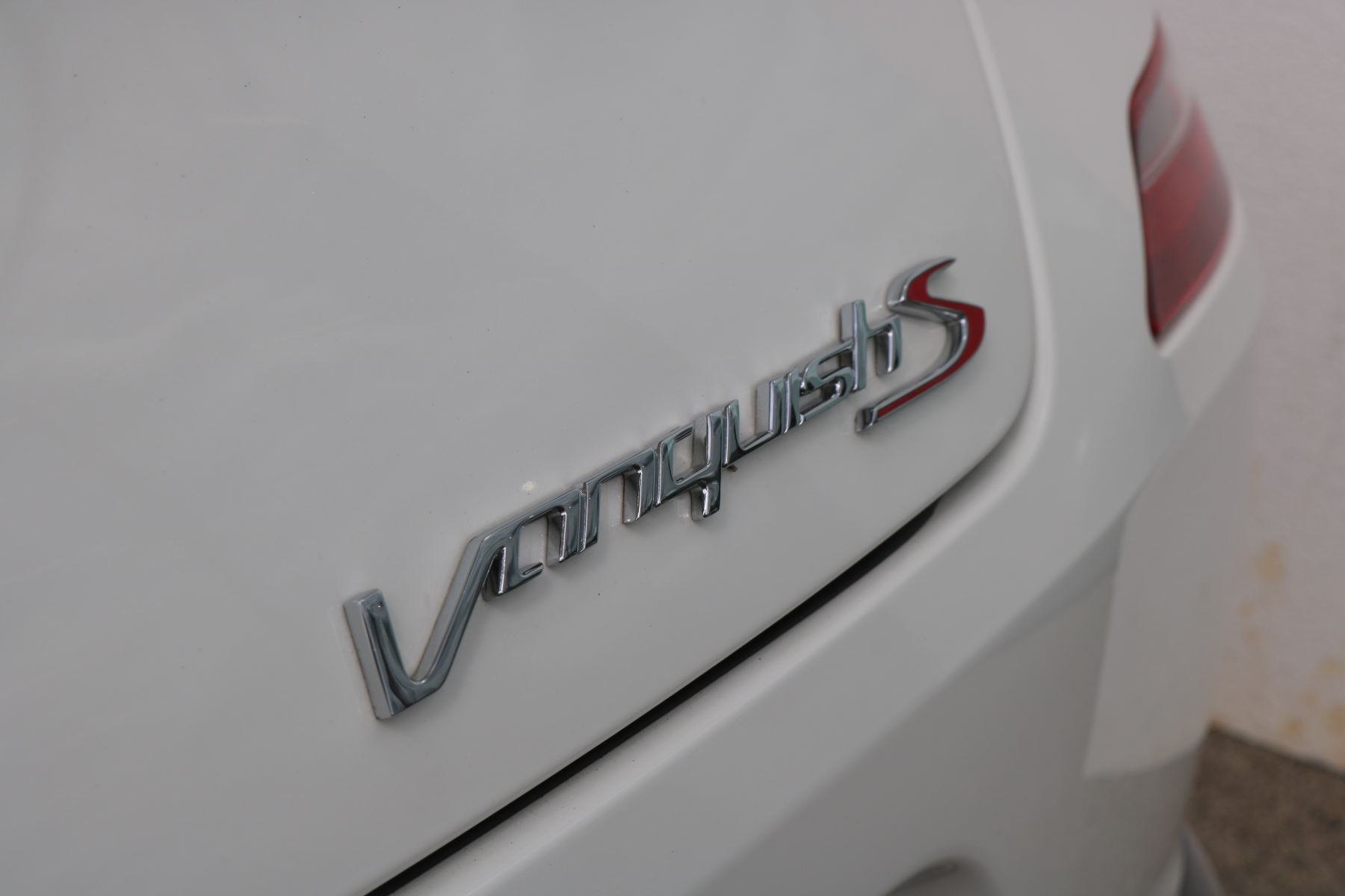 Aston Martin Vanquish V12 [595] S 2+2 2dr Touchtronic image 13