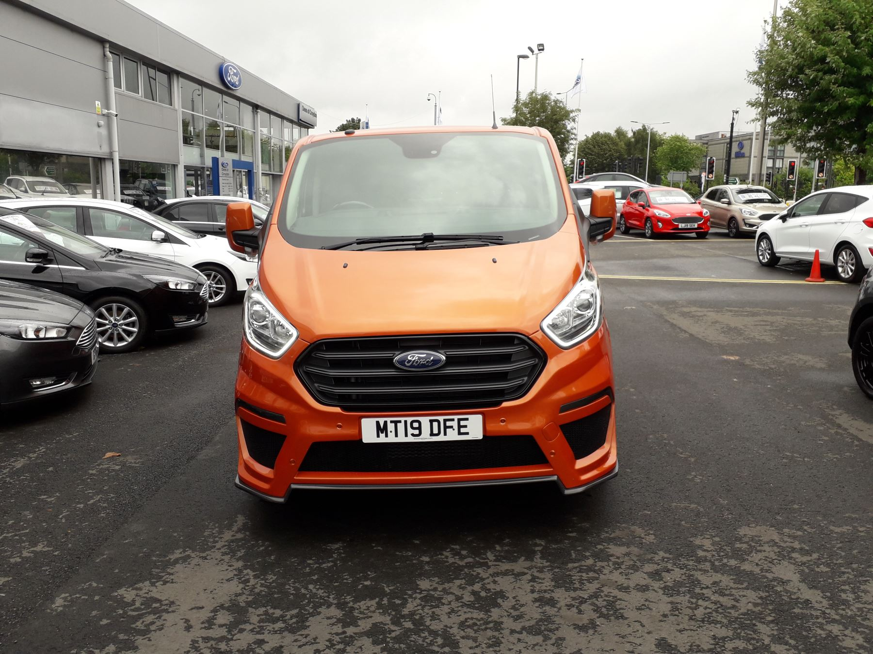 Ford Transit Custom 280 L1 Motion R 130PS Euro 6 image 2
