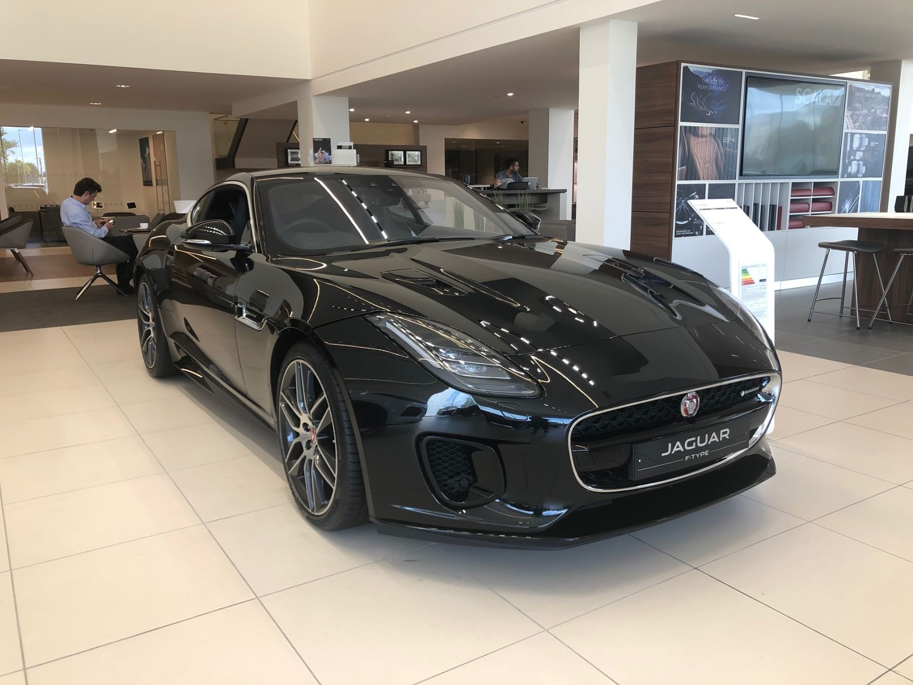 Jaguar F-TYPE 3.0 [380] Supercharged V6 R-Dynamic AWD image 2