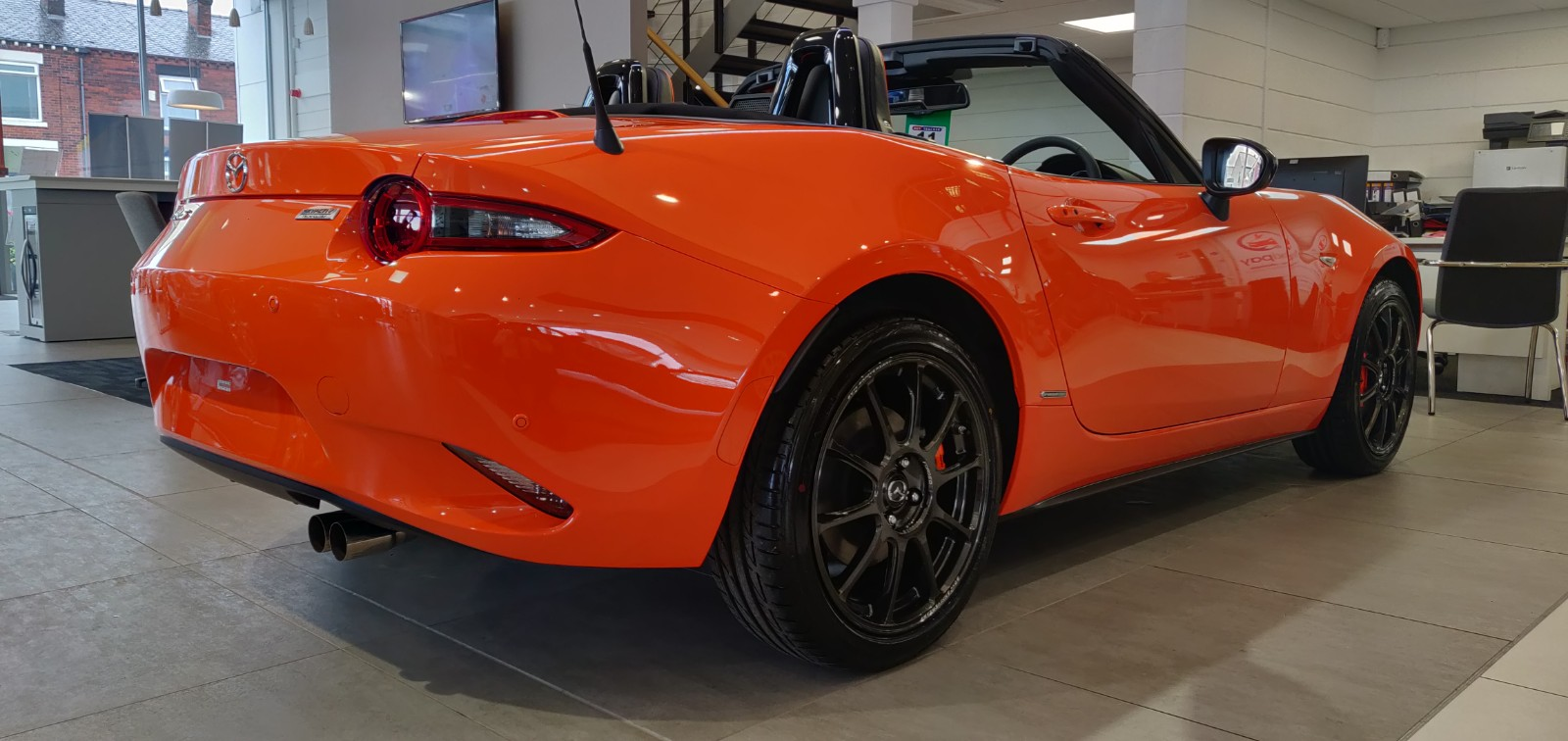 Mazda MX-5 RF 2.0 30th Anniversary SPECIAL EDITION image 8