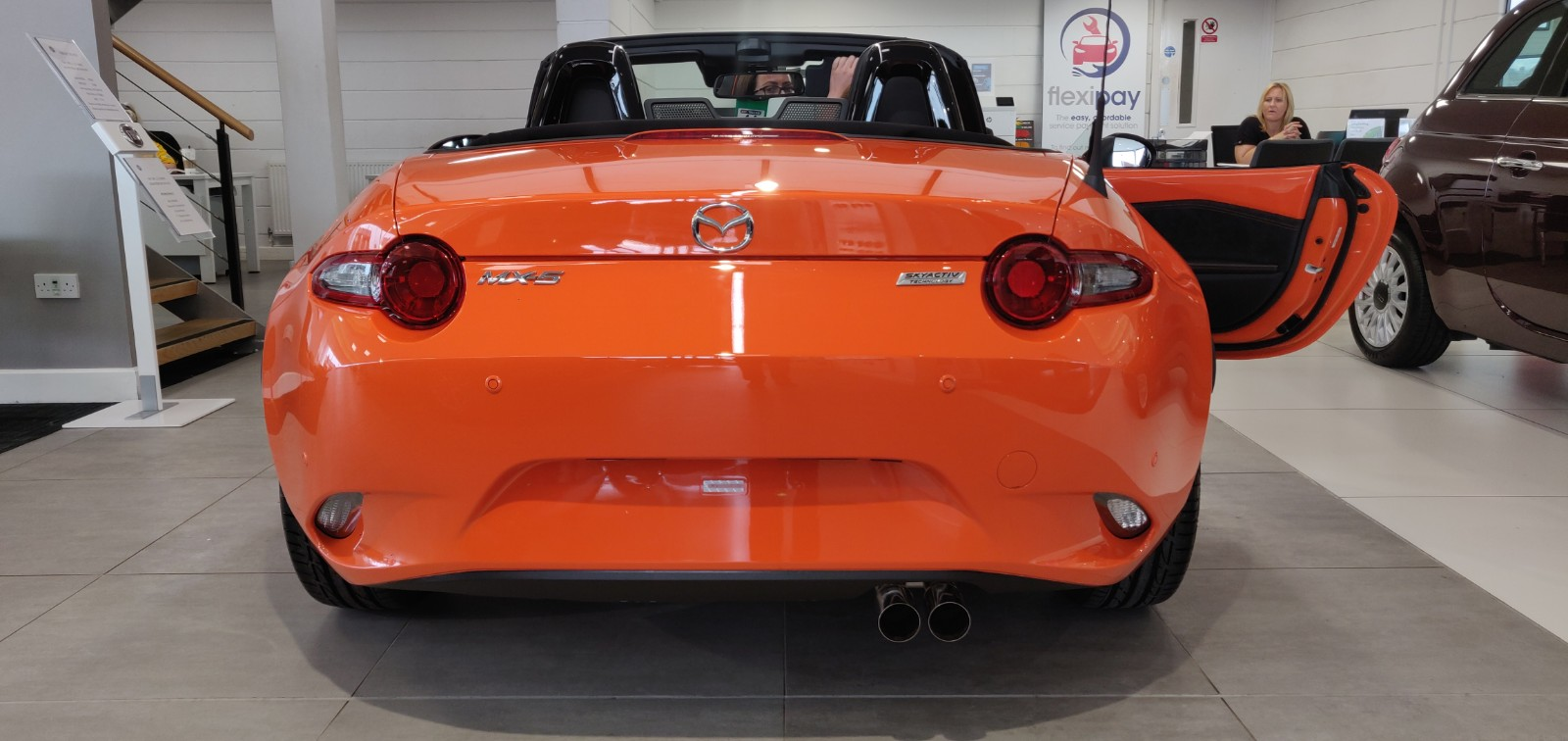 Mazda MX-5 RF 2.0 30th Anniversary SPECIAL EDITION image 12