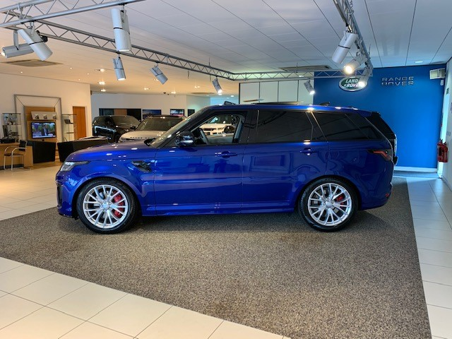 Land Rover Range Rover Sport 5.0 V8 S/C 575 SVR - Sliding Panoramic Roof - Privacy Glass - Head Up Display -  image 3