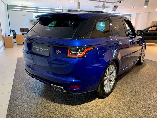 Land Rover Range Rover Sport 5.0 V8 S/C 575 SVR - Sliding Panoramic Roof - Privacy Glass - Head Up Display -  image 4