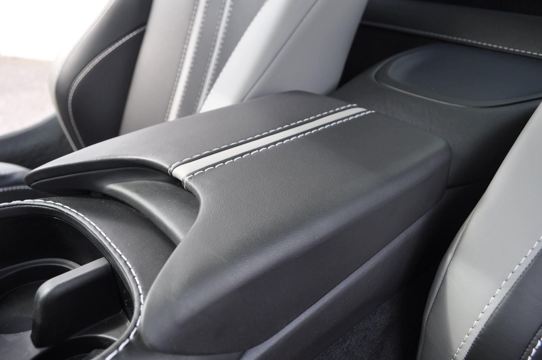 Aston Martin New Vantage 2dr ZF 8 Speed image 26