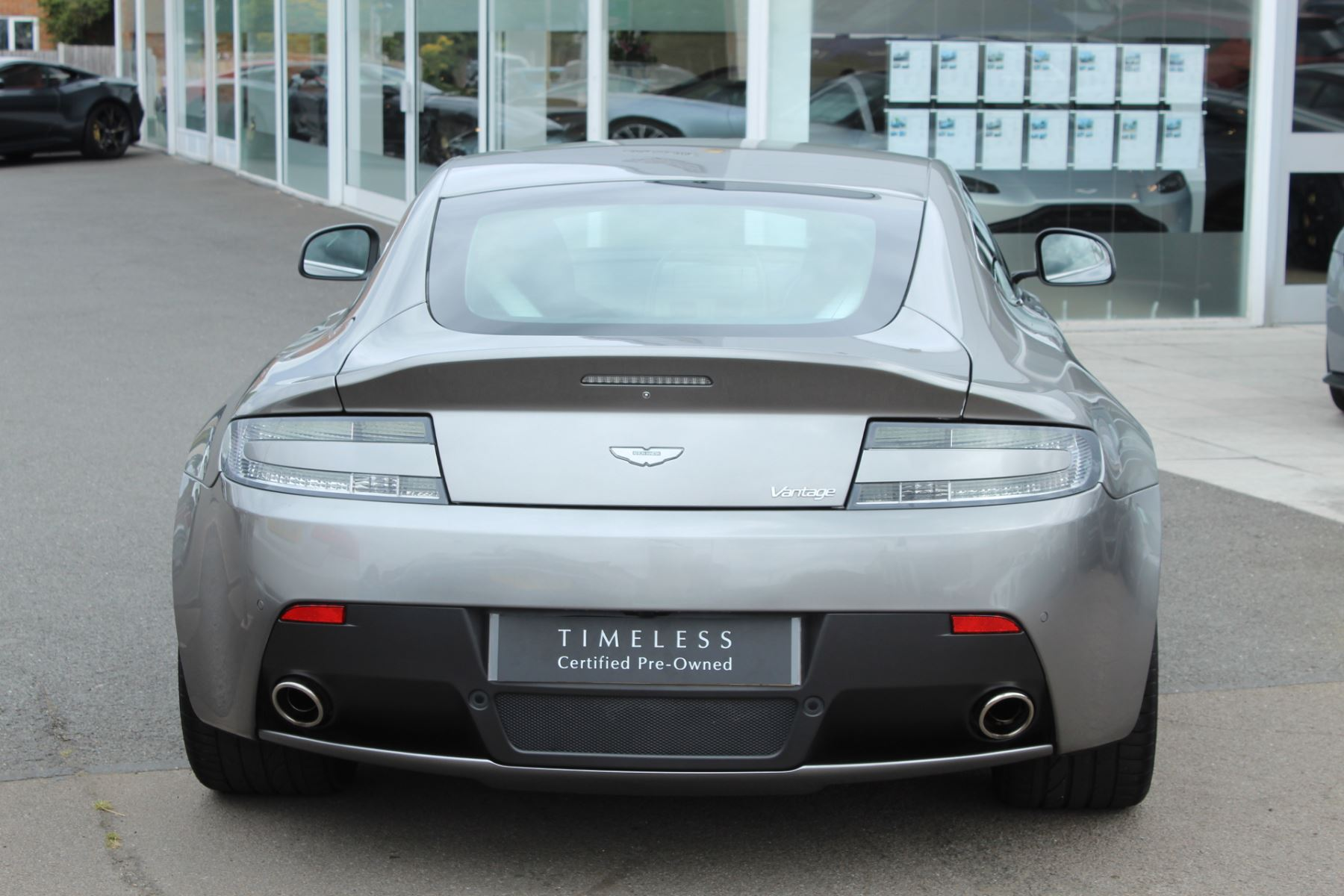 Aston Martin V8 Vantage Coupe 2dr Sportshift [420] image 12