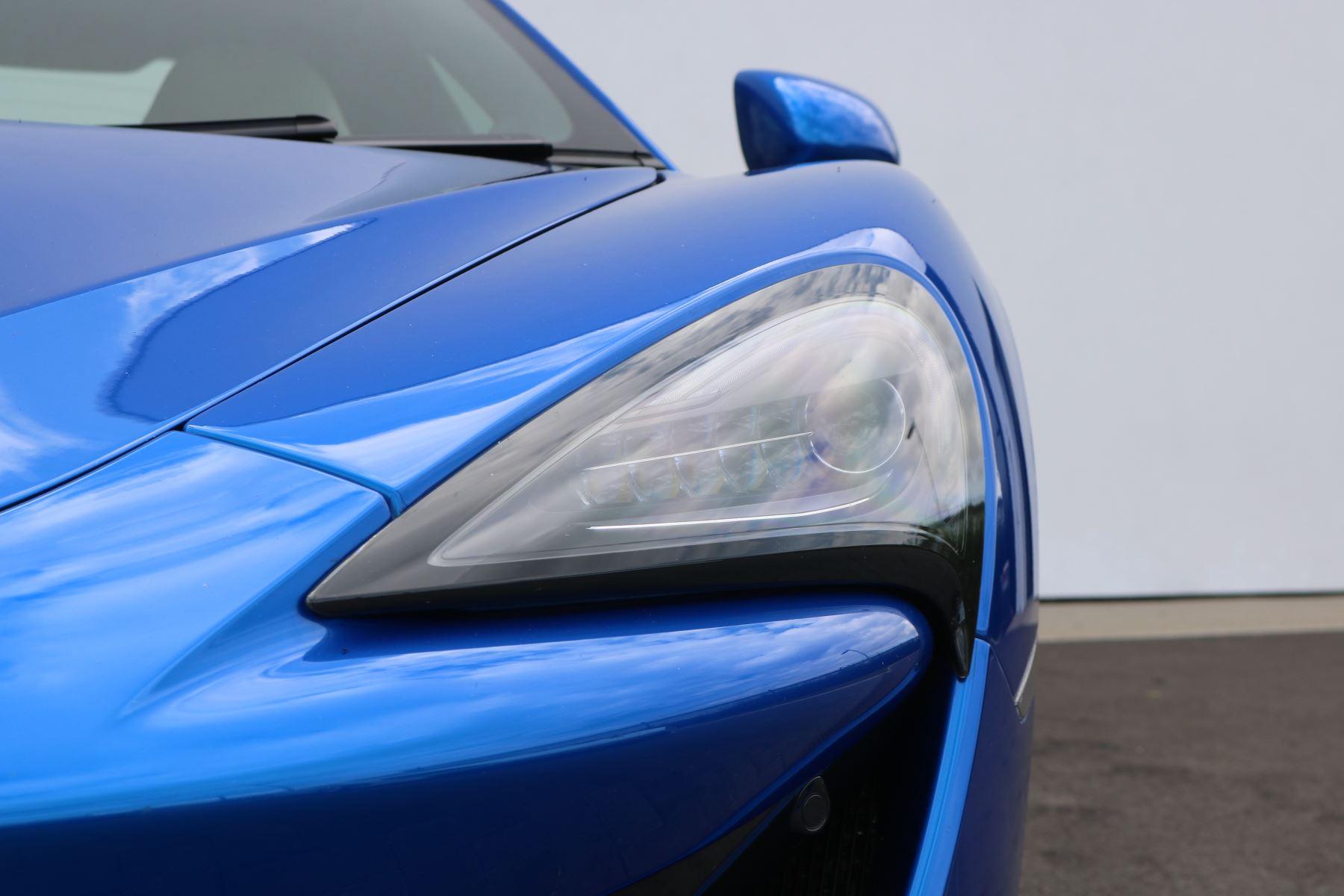 McLaren 570S Coupe V8 2dr SSG Auto Coupe image 11