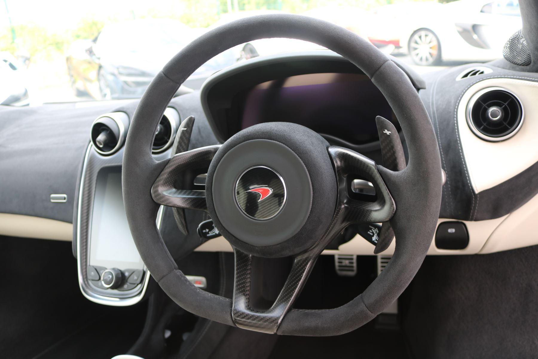 McLaren 570S Coupe V8 2dr SSG Auto Coupe image 20