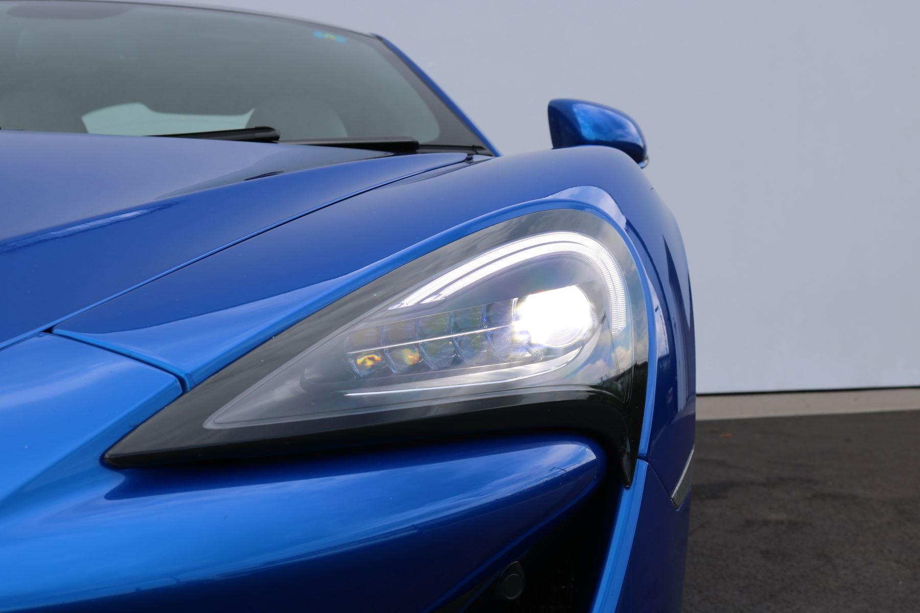 McLaren 570S Coupe V8 2dr SSG Auto Coupe image 34