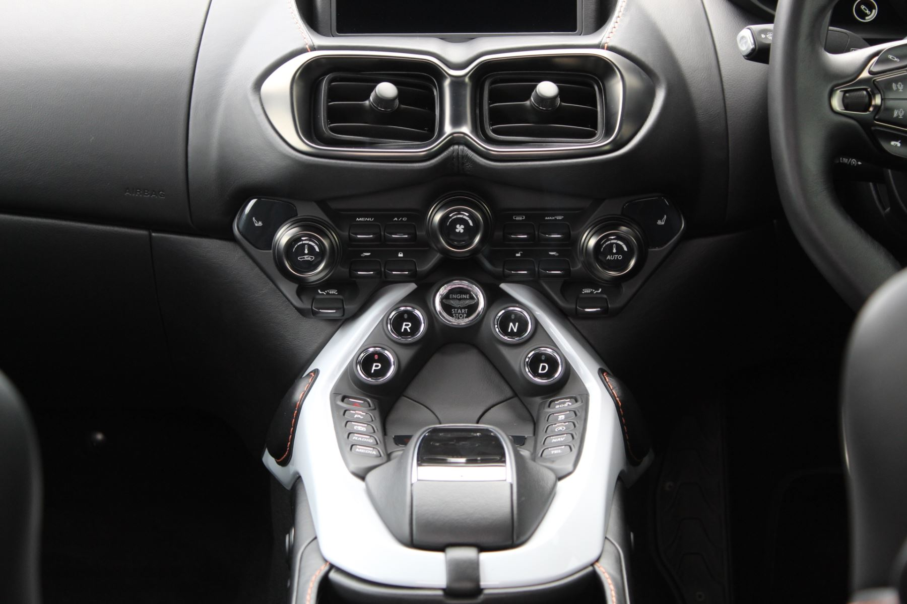 Aston Martin New Vantage 2dr ZF 8 Speed image 12