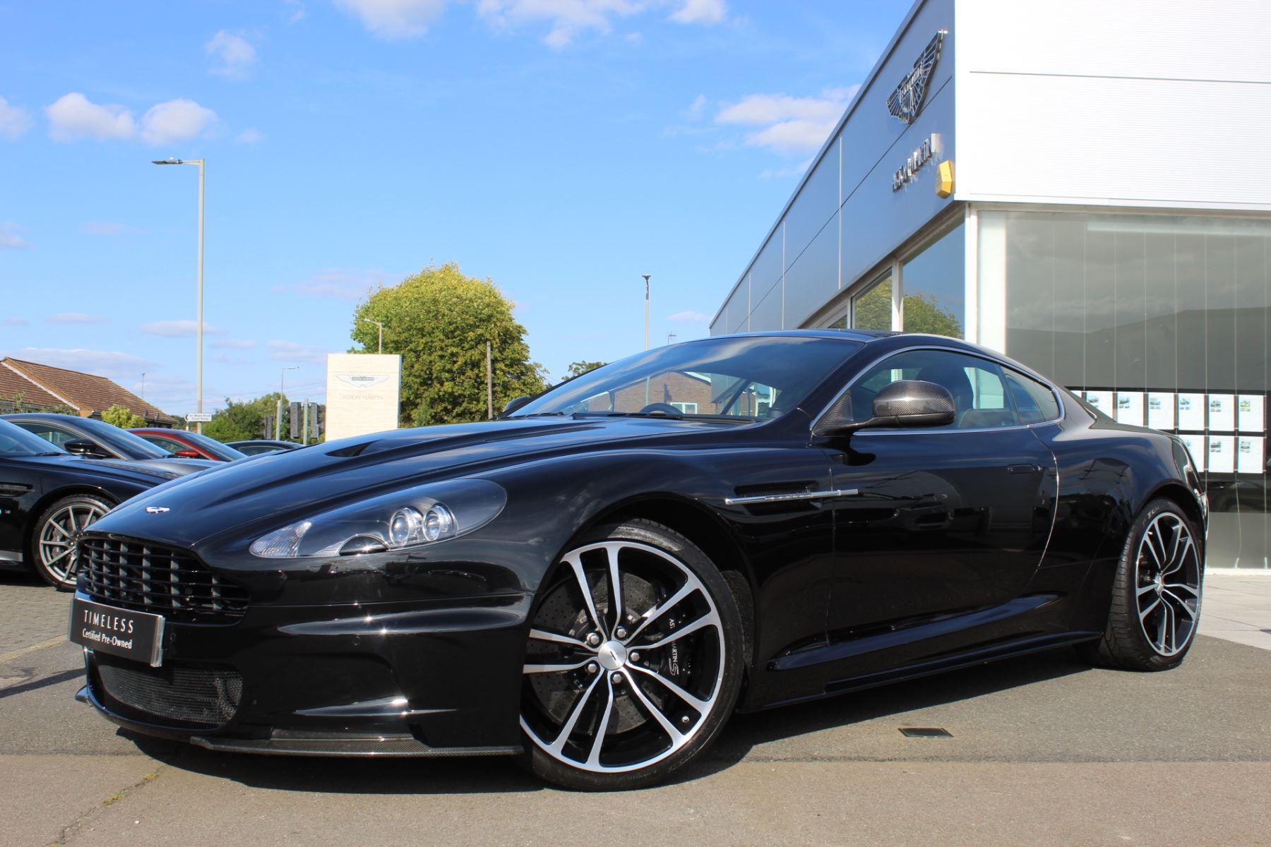 Aston Martin DBS Coupe 6.0 Automatic 2 door (2012) image