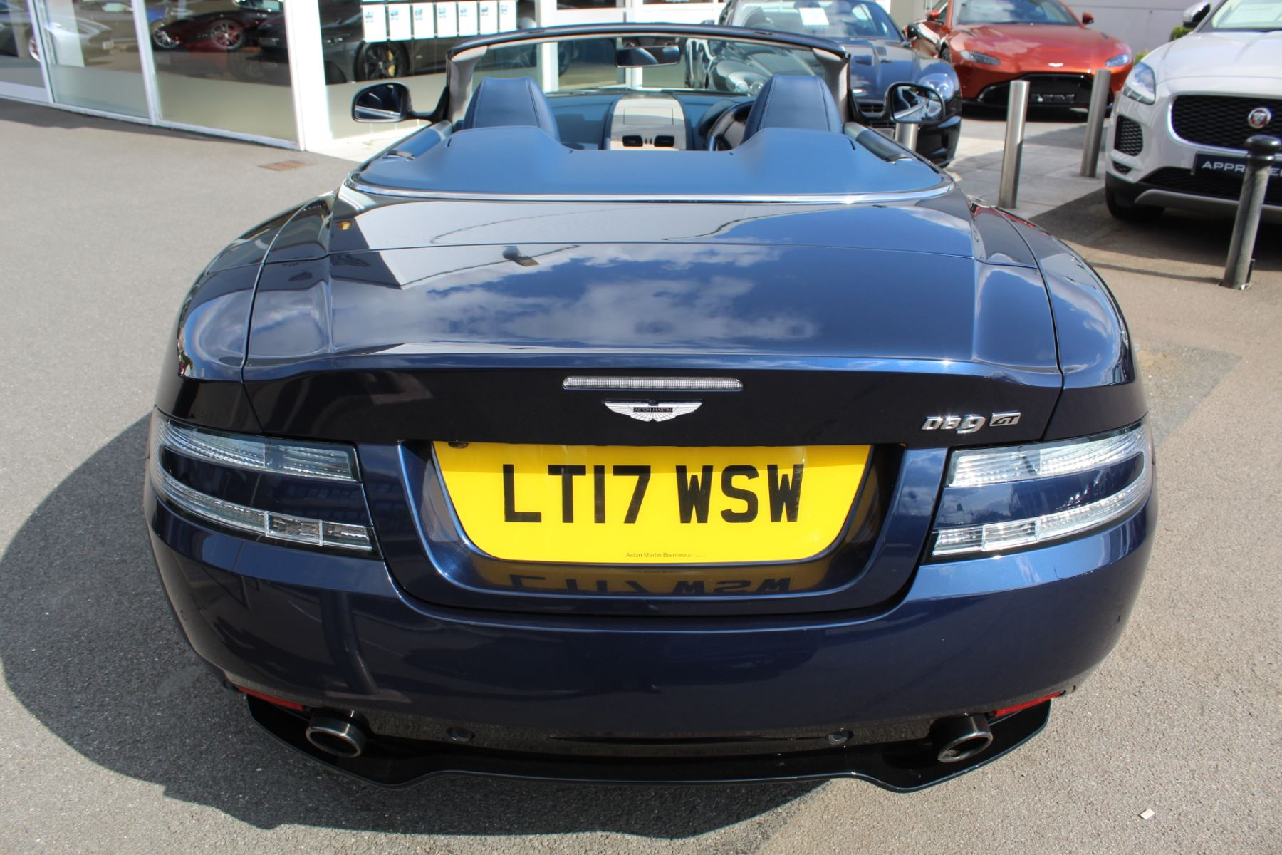 Aston Martin DB9 V12 GT 2dr Volante Touchtronic image 23