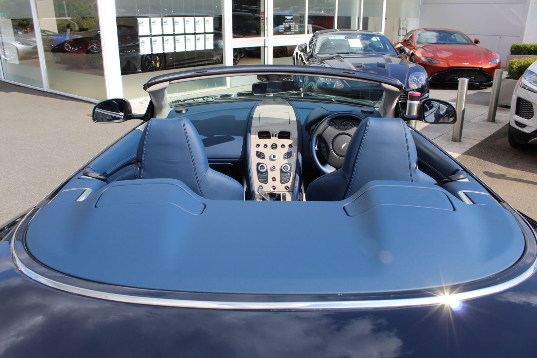 Aston Martin DB9 V12 GT 2dr Volante Touchtronic image 26