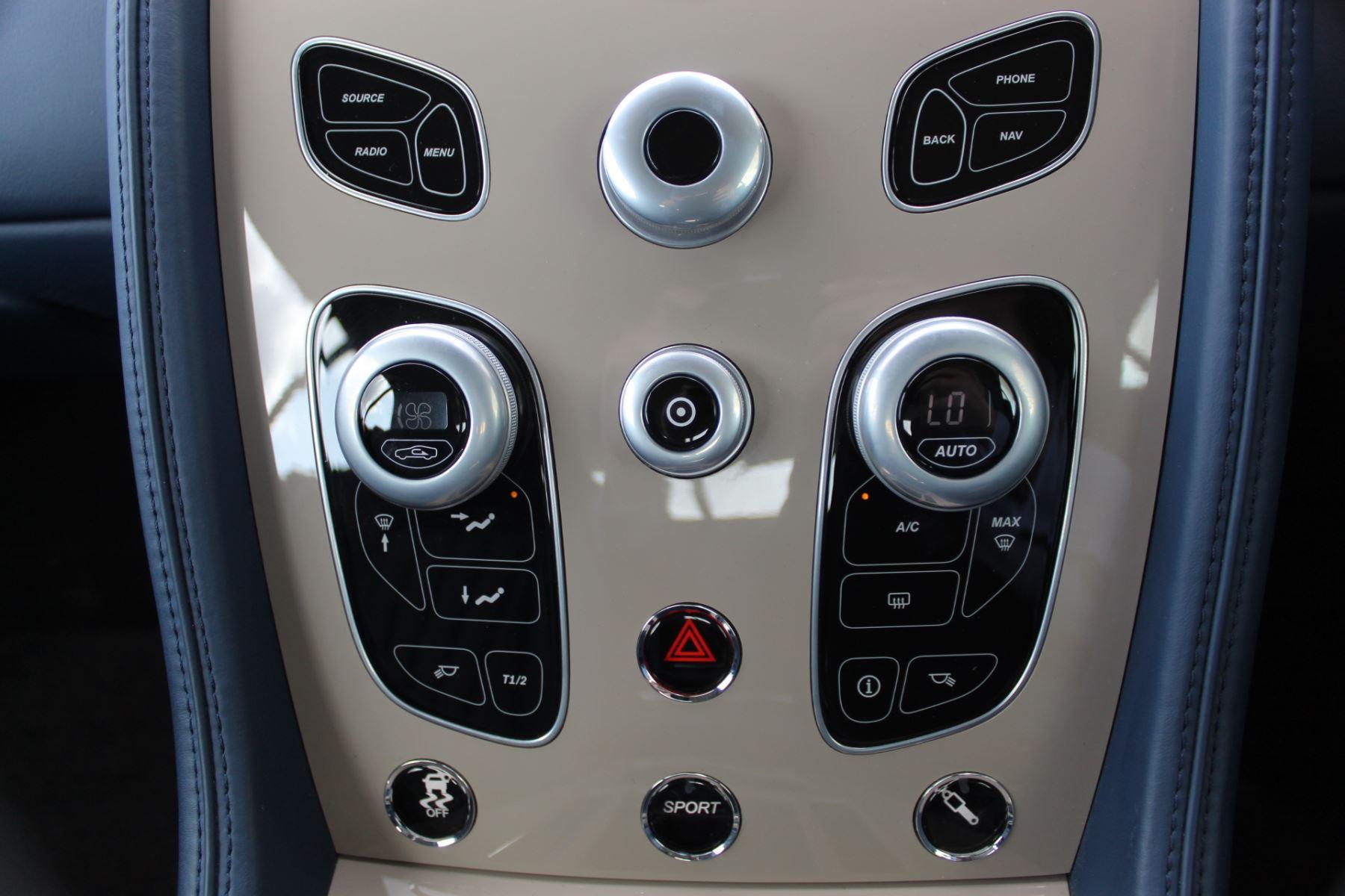 Aston Martin DB9 V12 GT 2dr Volante Touchtronic image 16