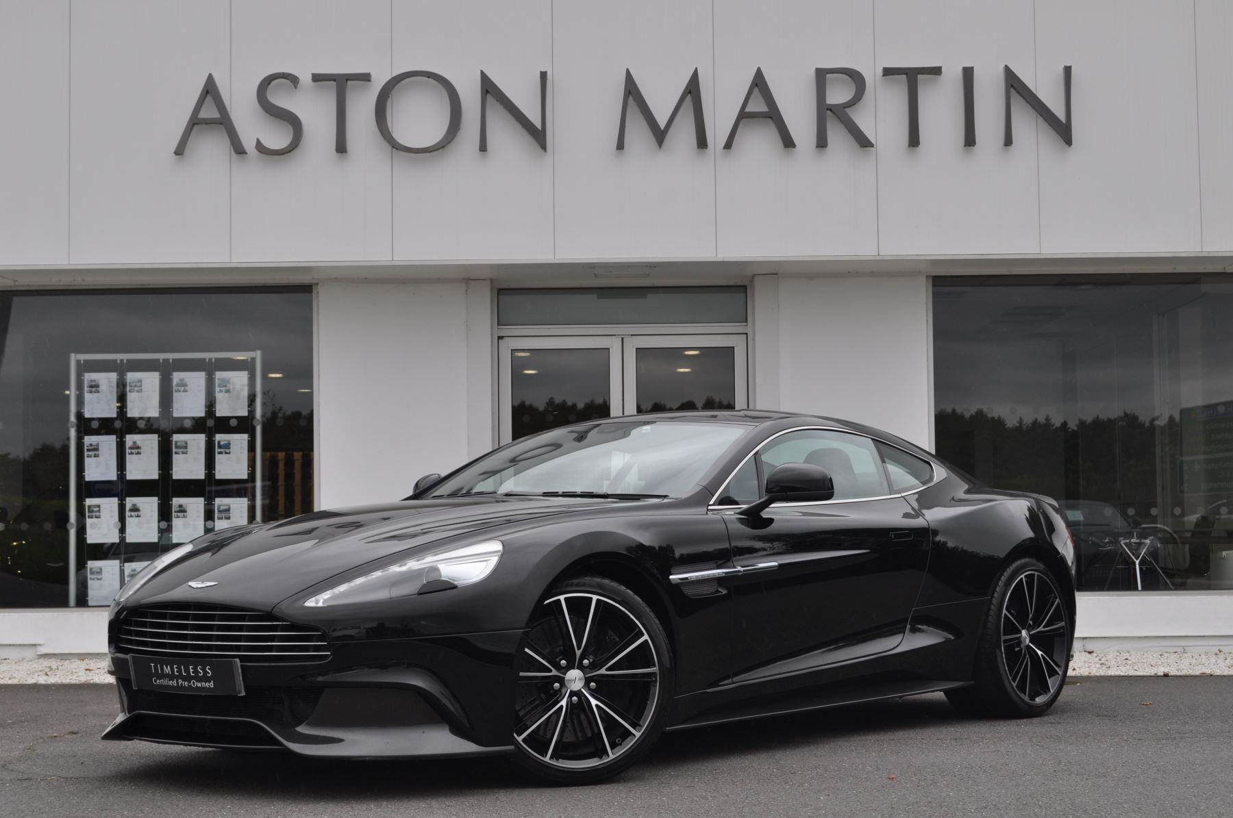 Aston Martin Vanquish V12 2+2 2dr Touchtronic 5.9 Automatic Coupe (2014) image