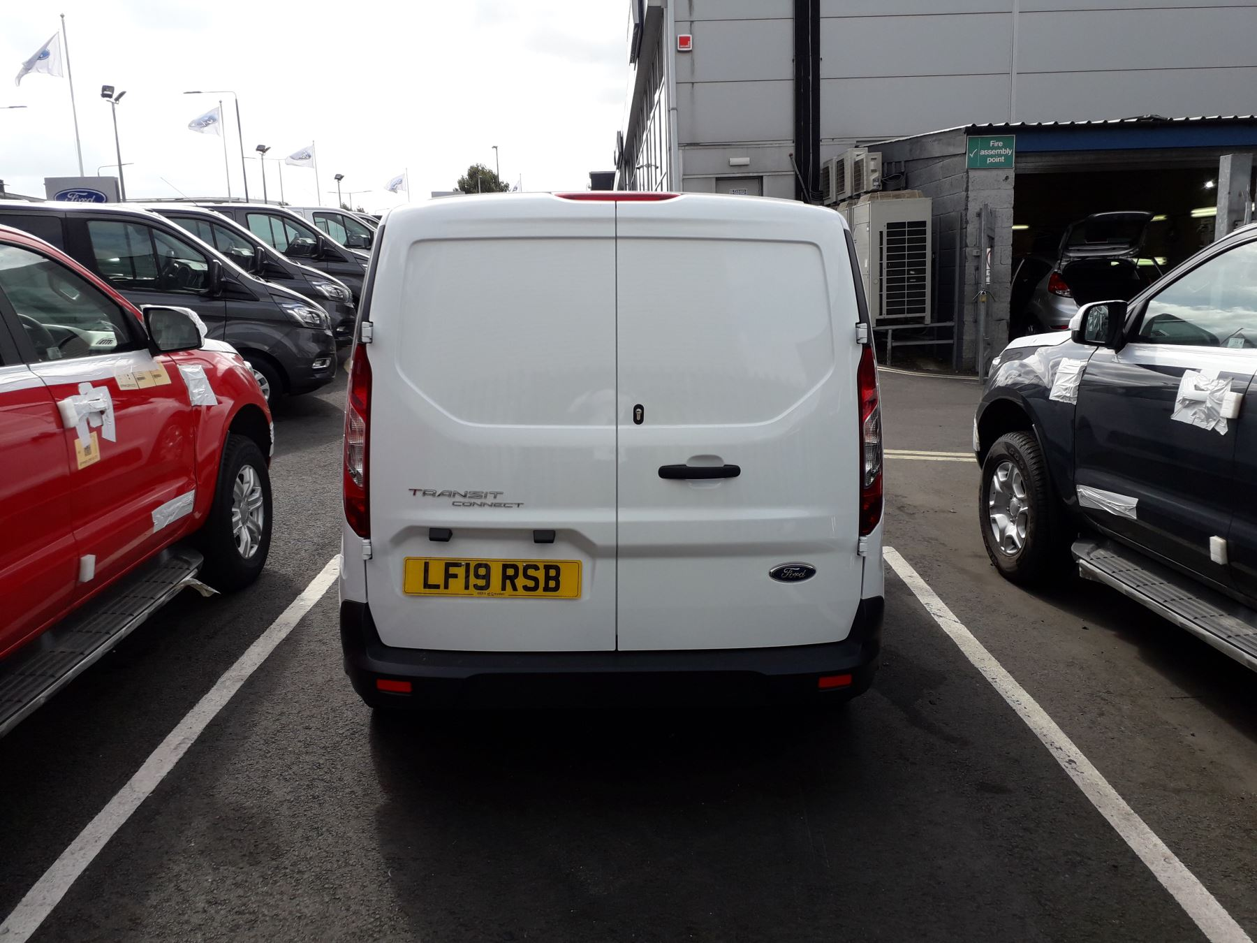 Ford Transit Connect L2 Trend 1.5 TDCI 100PS Euro 6 image 5