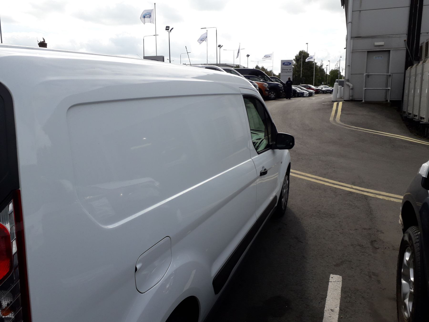 Ford Transit Connect L2 Trend 1.5 TDCI 100PS Euro 6 image 8