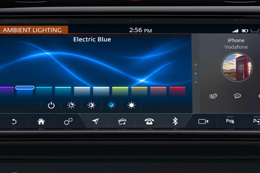 Land Rover Discovery Sport 2.0 SD4 240 SE Tech 5dr Auto image 16