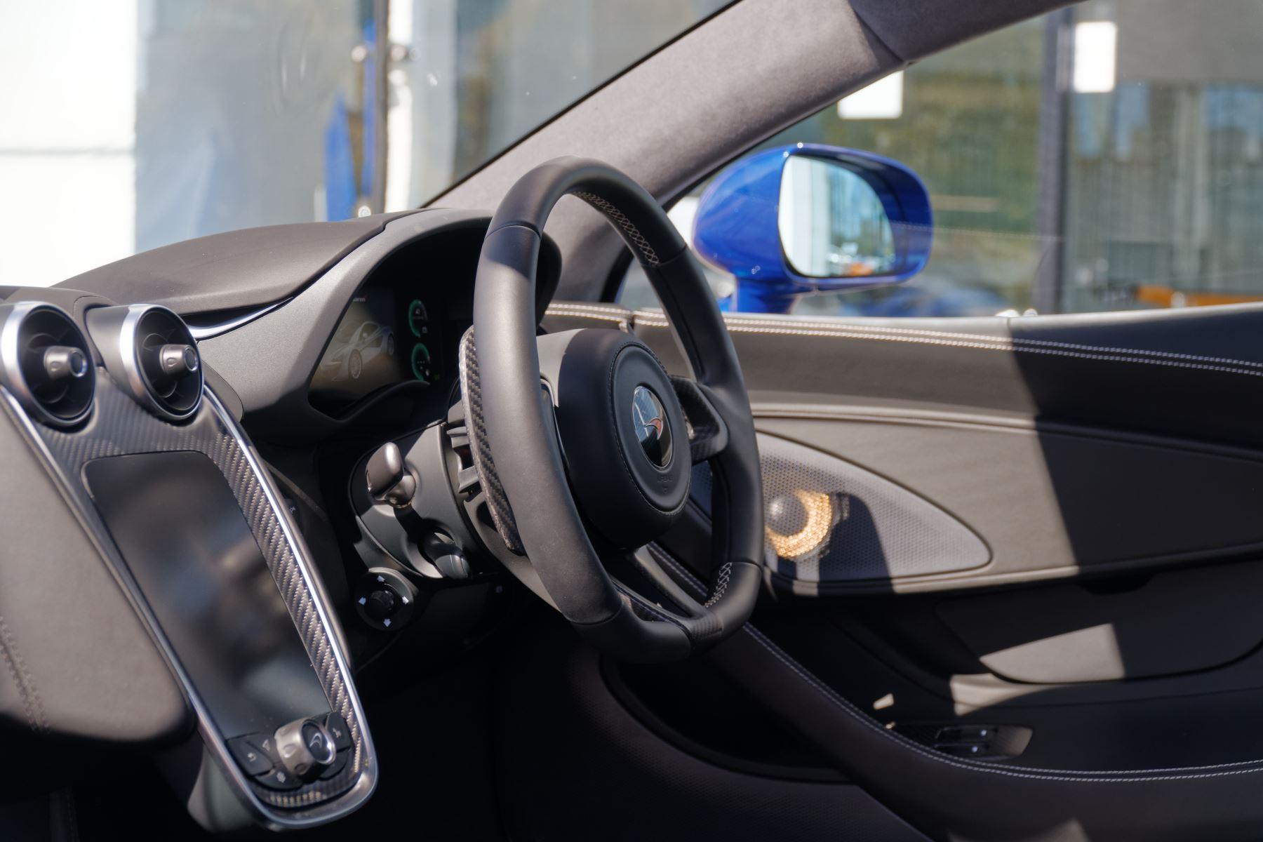McLaren 570GT V8 2dr SSG Auto Coupe image 19