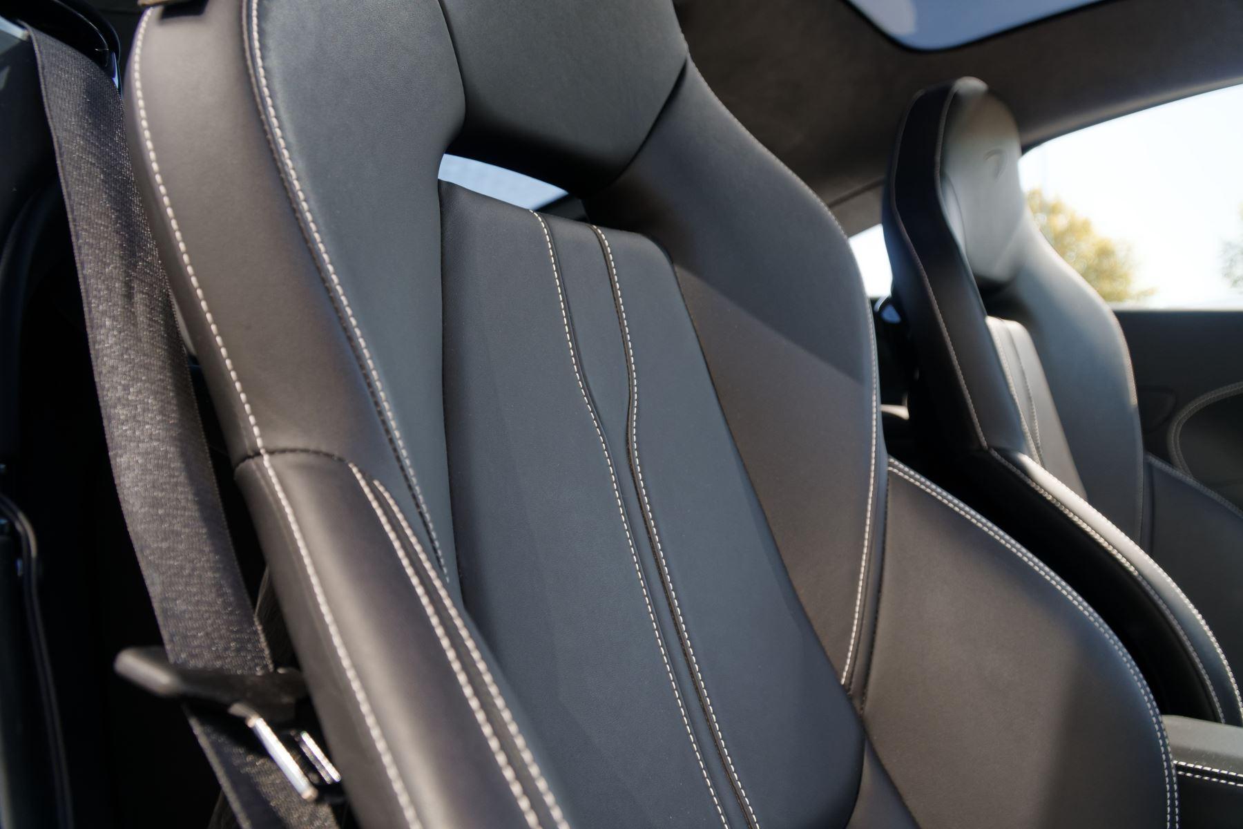 McLaren 570GT V8 2dr SSG Auto Coupe image 33