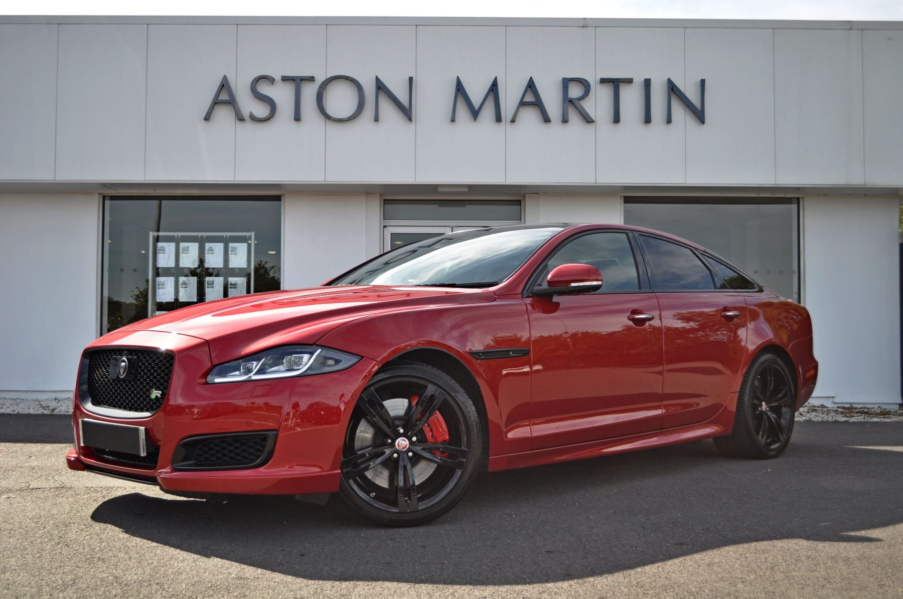 Jaguar XJ 5.0 V8 Supercharged XJR Automatic 4 door Saloon (2016) image