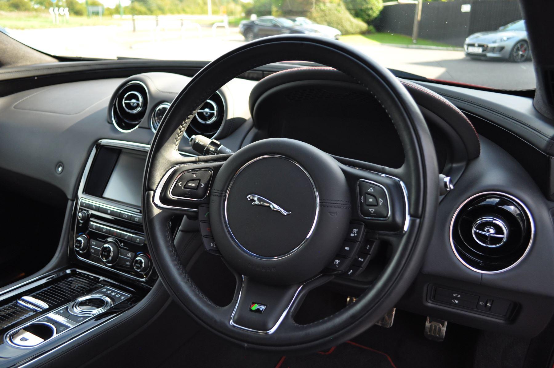 Jaguar XJ 5.0 V8 Supercharged XJR image 23