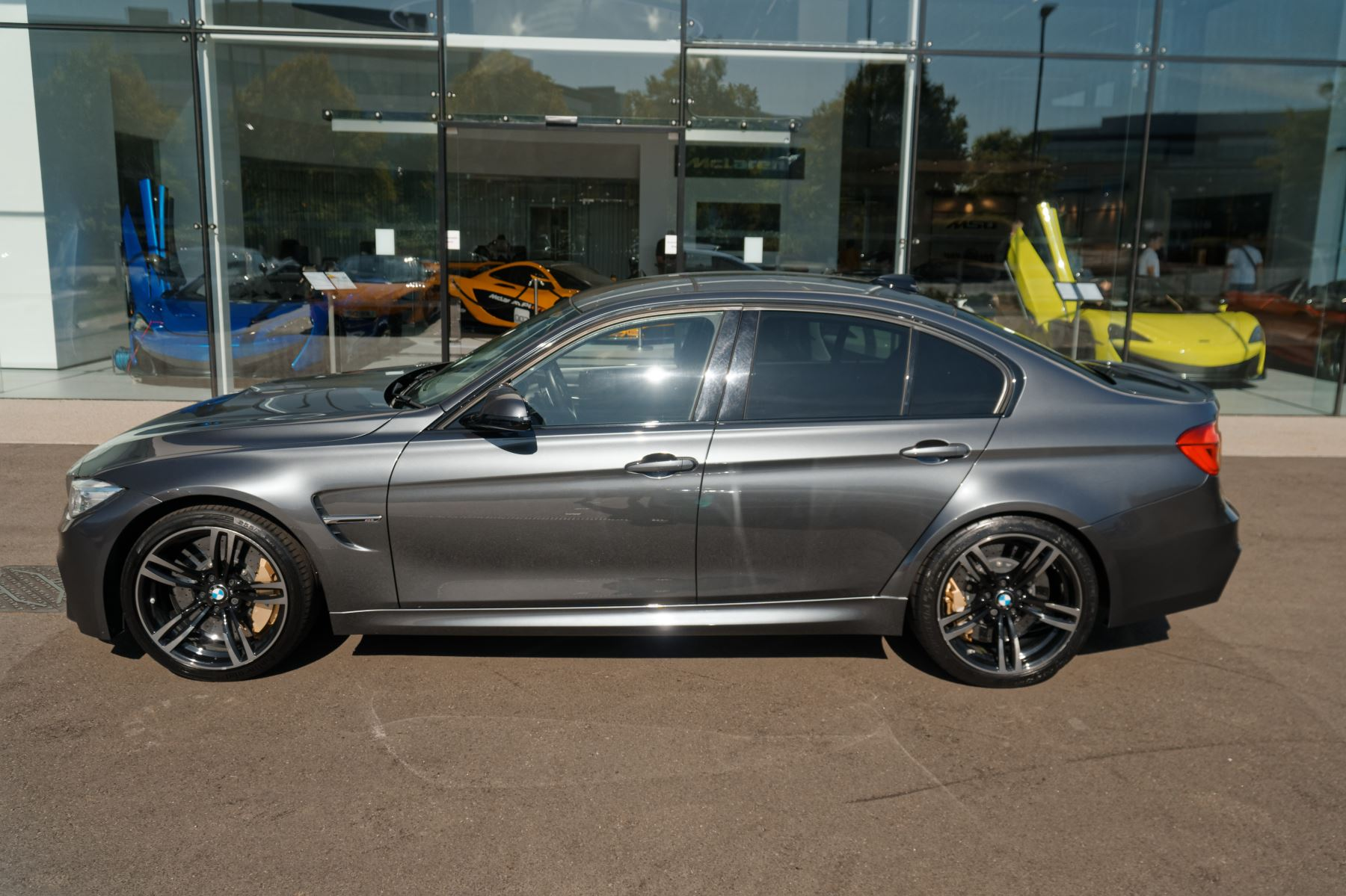 BMW M3 Saloon  image 2