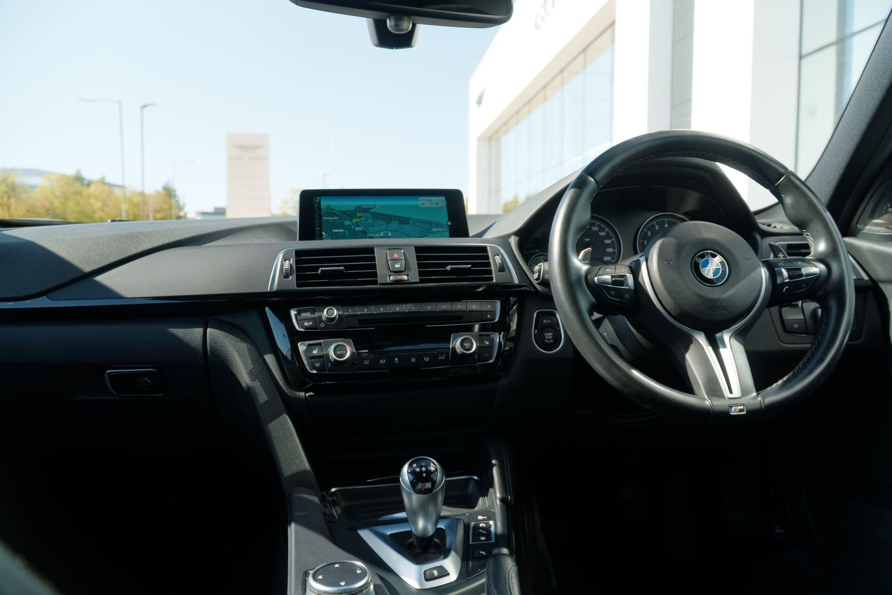 BMW M3 Saloon  image 16