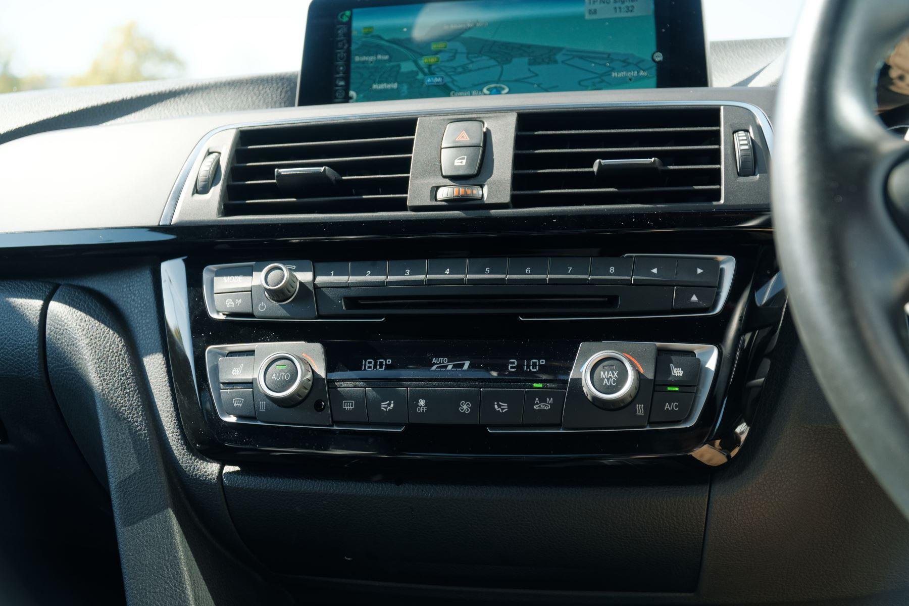BMW M3 Saloon  image 30