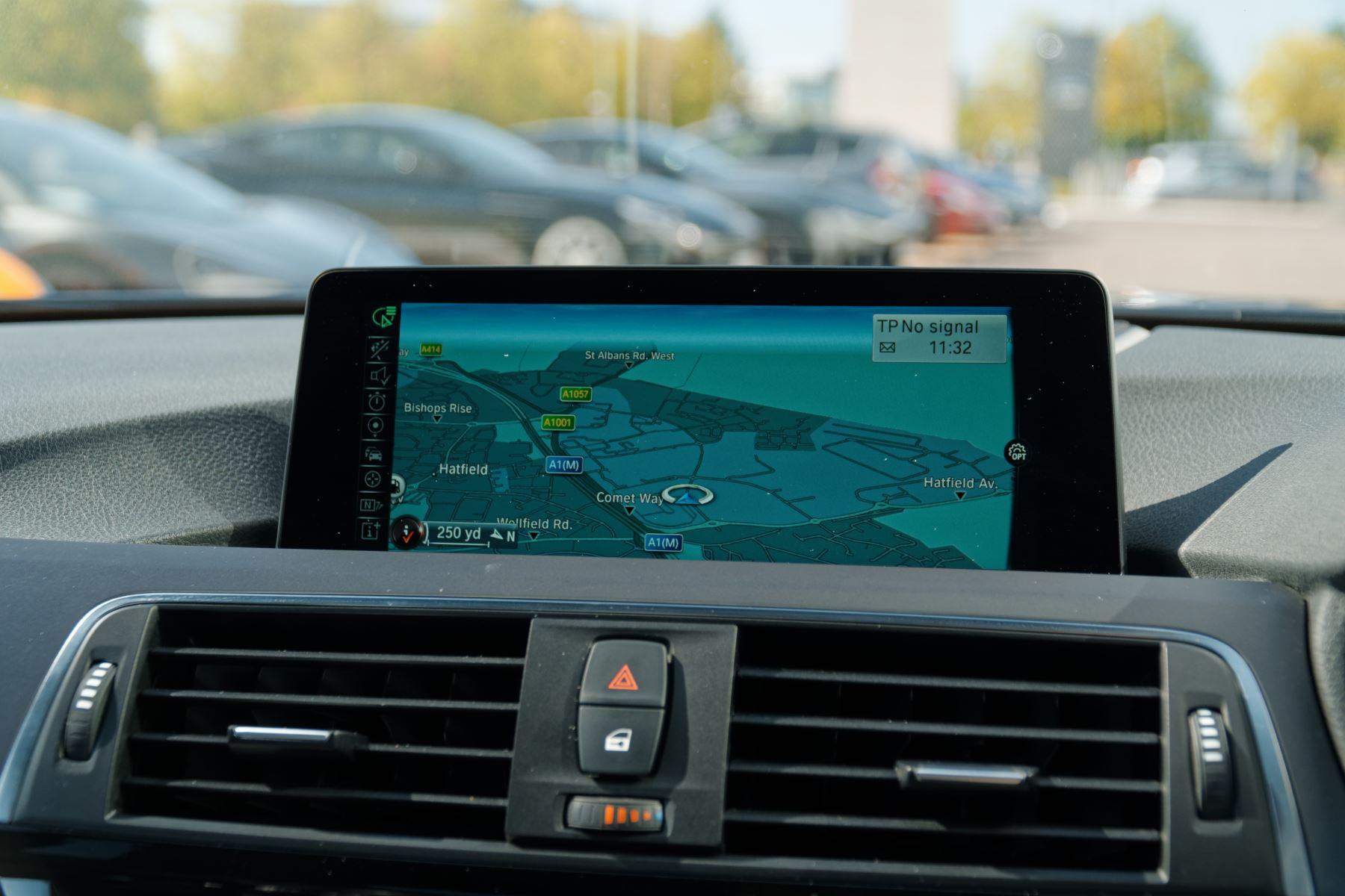 BMW M3 Saloon  image 32
